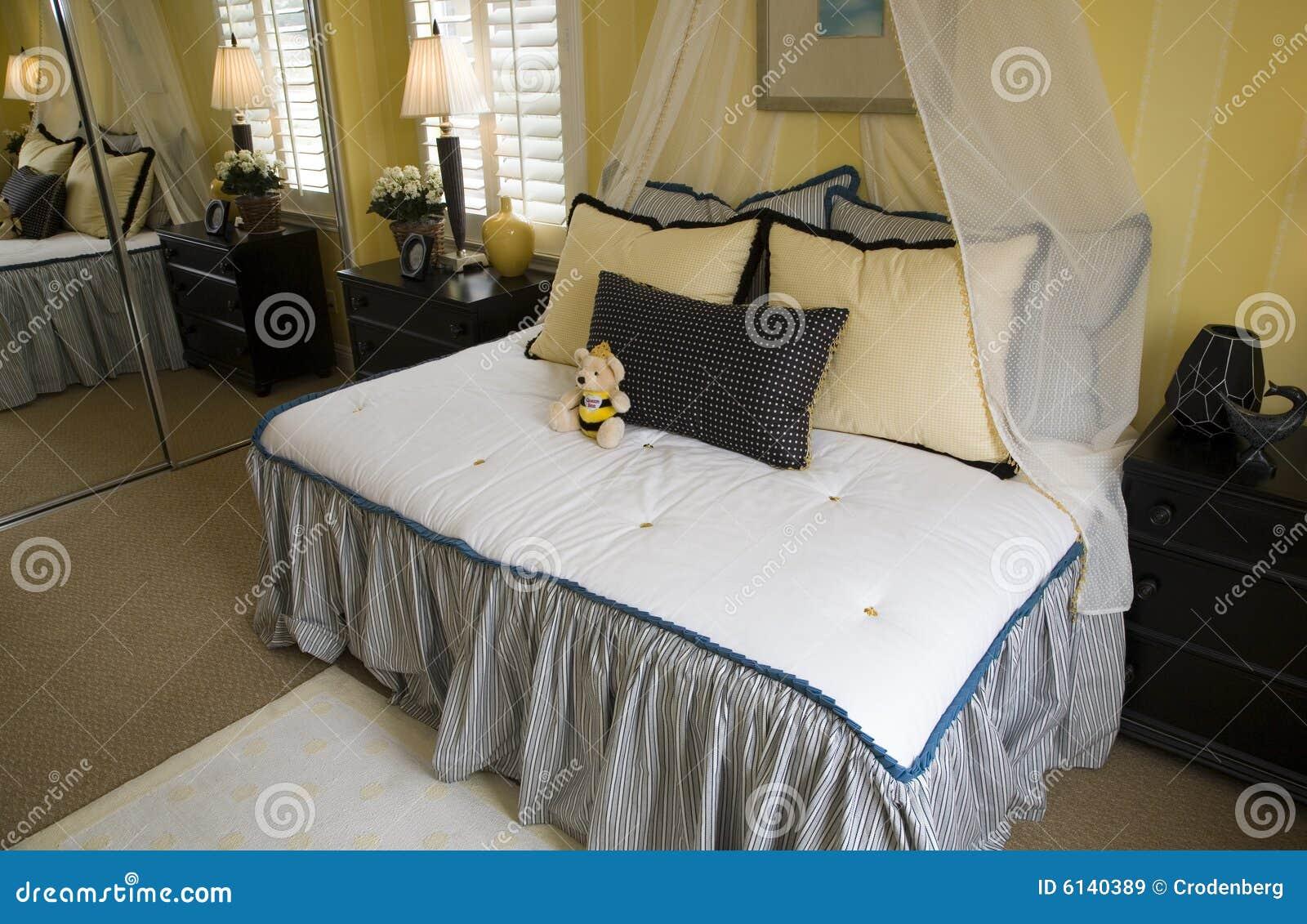 Camera da letto accogliente dei bambini immagini stock libere da diritti immagine 6140389 - Camera letto bambini ...