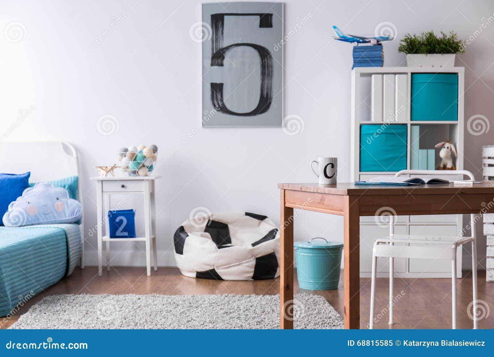 Camera da letto alla moda perfetta per il ragazzo del - Camera da ragazzo ...
