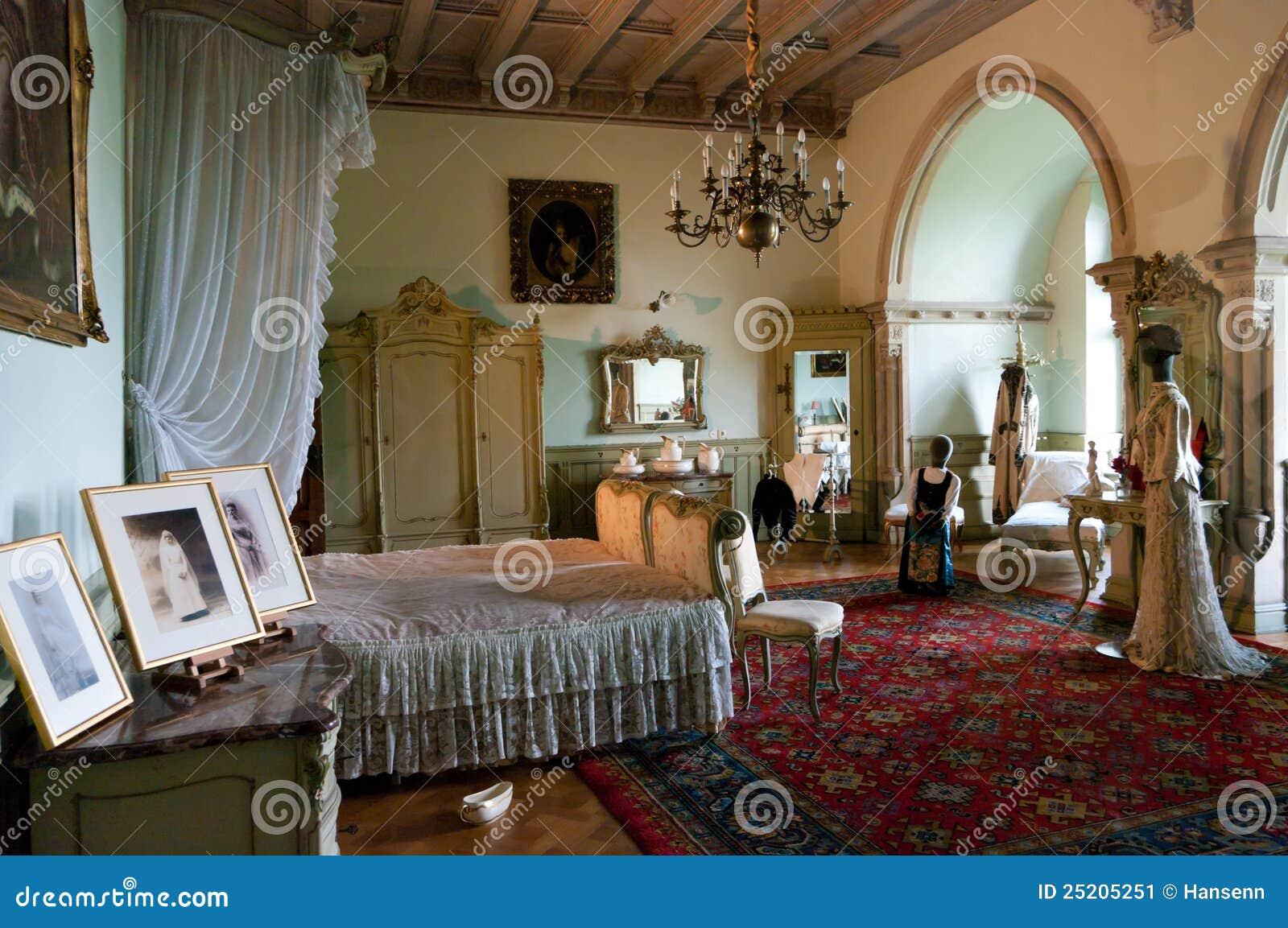 Camera da letto antica fotografia editoriale. Immagine di ...