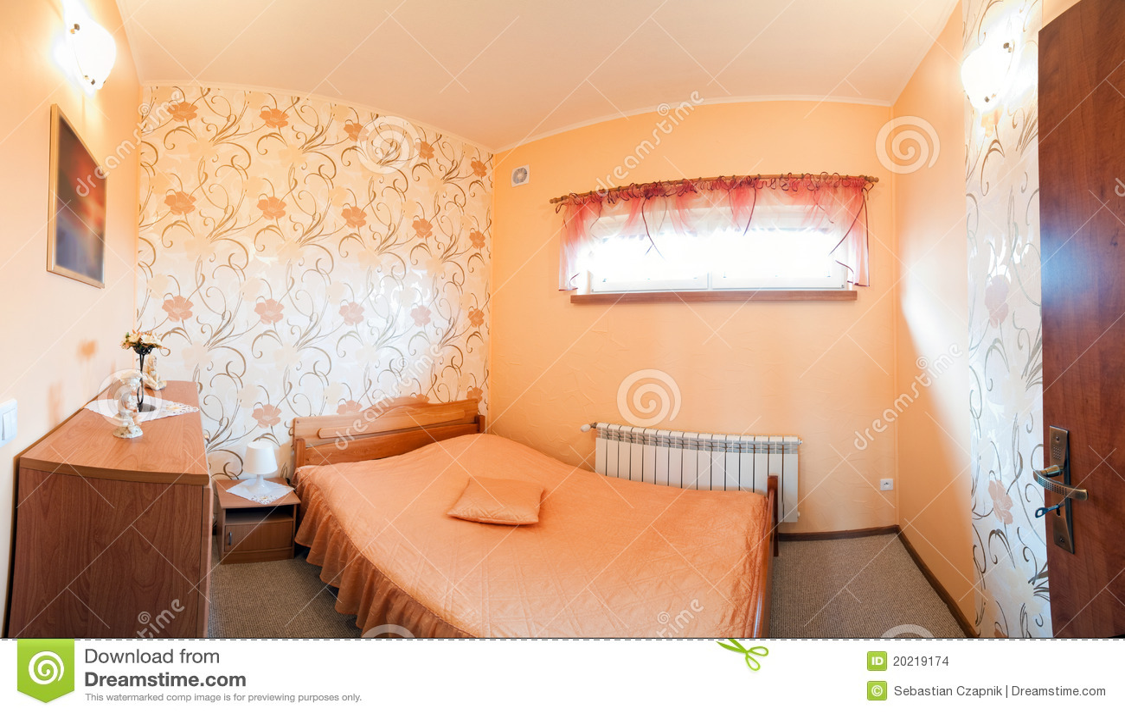 Camera Da Letto Arancione Lussuosa Fotografia Stock - Immagine di ...
