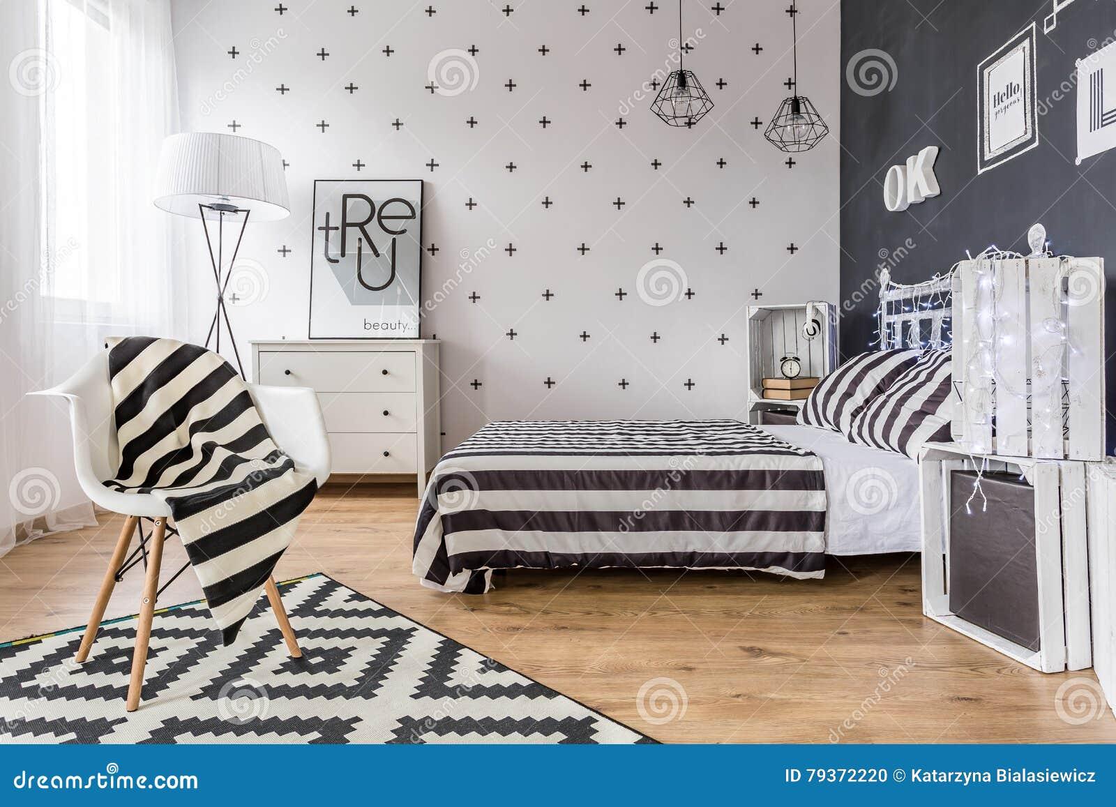 Camera Da Letto Bianca E Nera camera da letto in bianco e nero creativa fotografia stock