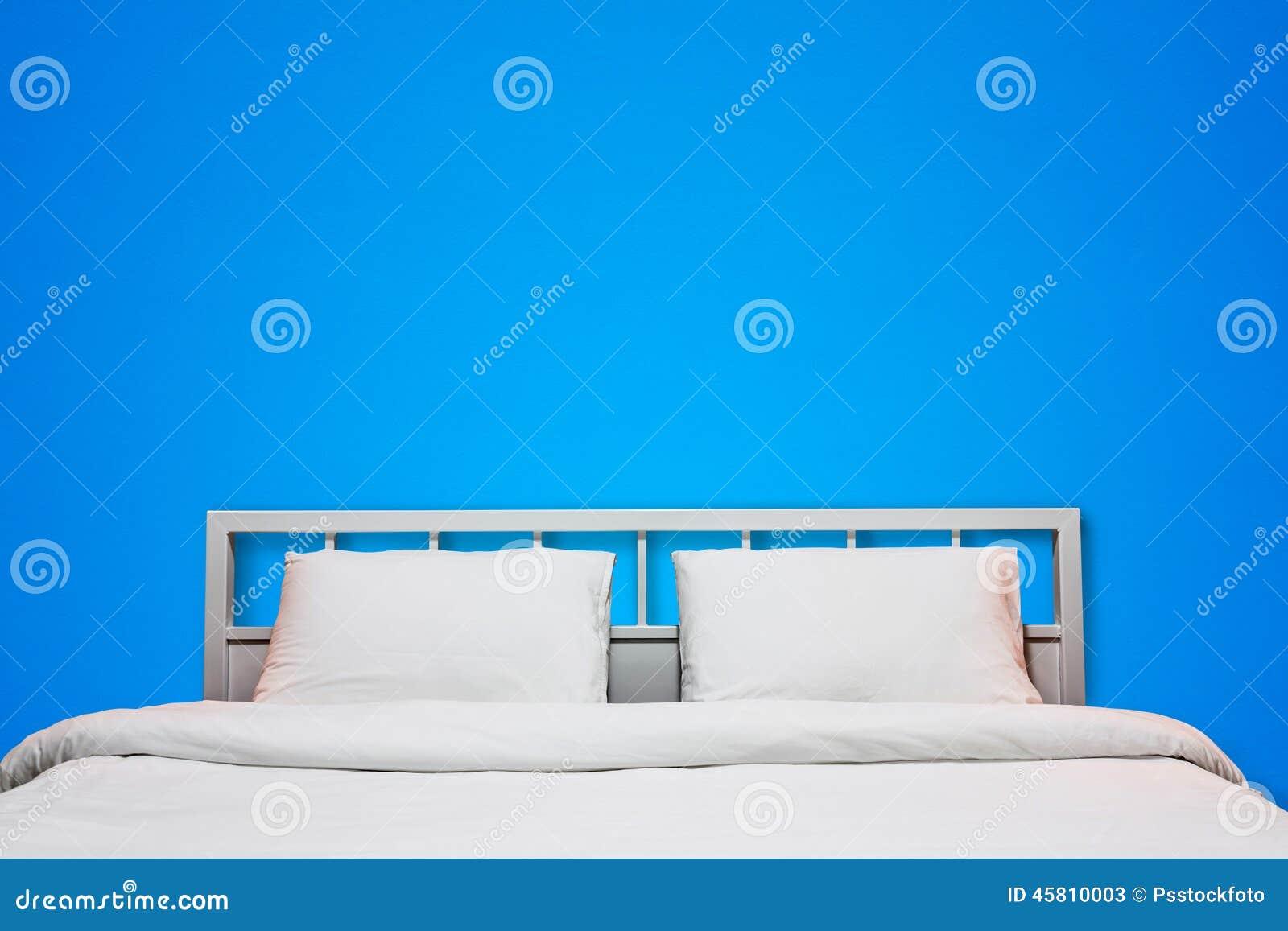 Camera da letto blu immagine stock immagine di base - Parete blu camera da letto ...