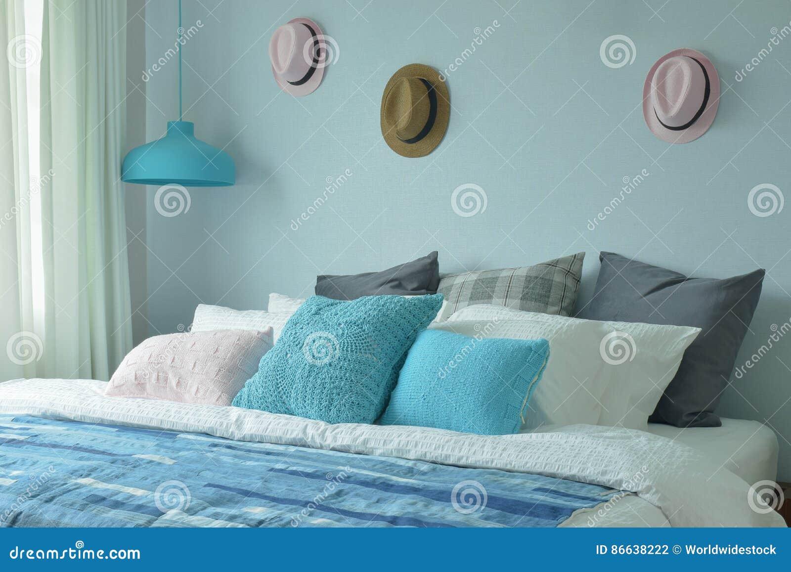 Letto Blu Colore Parete : Camera da letto blu dell adolescente di combinazioni colori con i