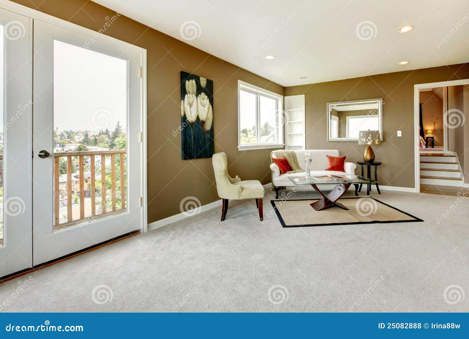 Camera da letto con le pareti verdi e la mobilia di lusso for 12 piani casa di lusso camera da letto