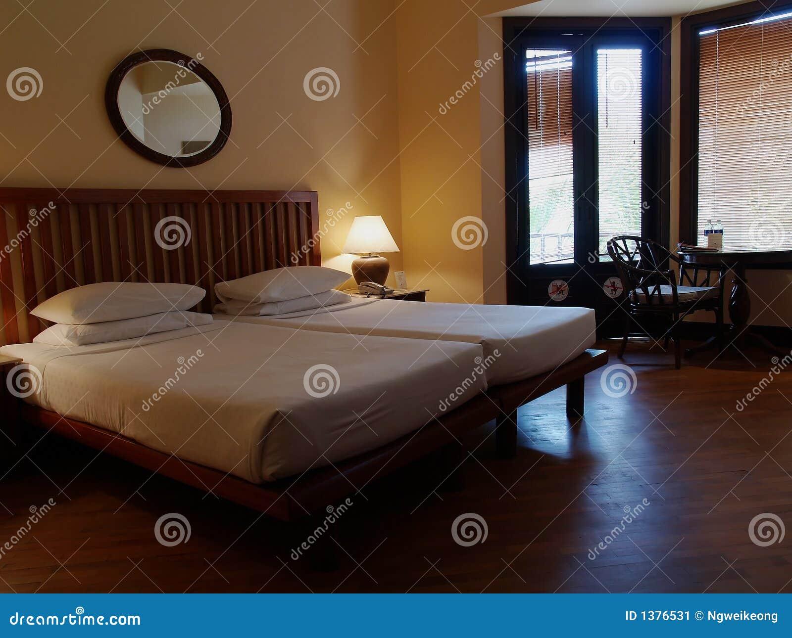 Camera da letto contemporanea classica immagine stock - Camera da letto contemporanea bianca ...