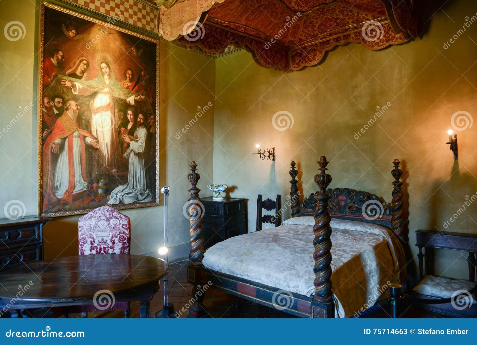 Camera Da Letto Del Castello Di Gradara Sulla Marche Italia