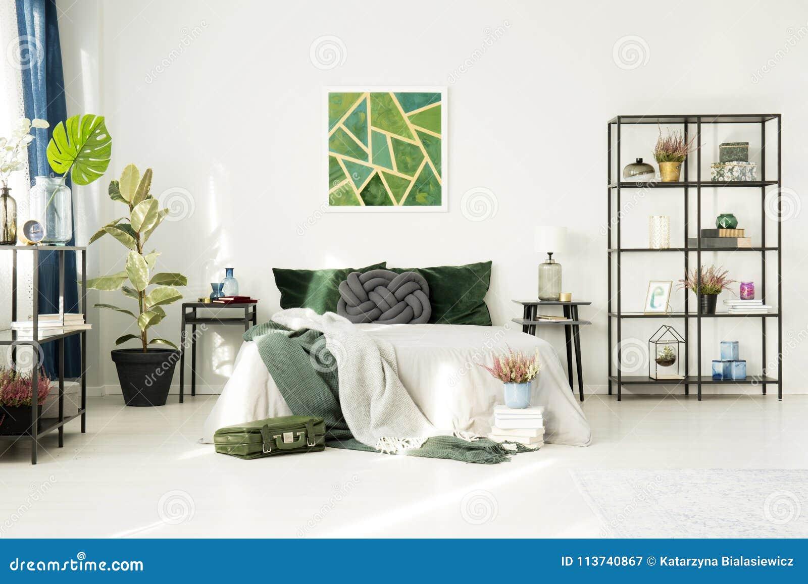 Camera Da Letto Verde Smeraldo : Camera da letto dell hotel con le decorazioni verde smeraldo
