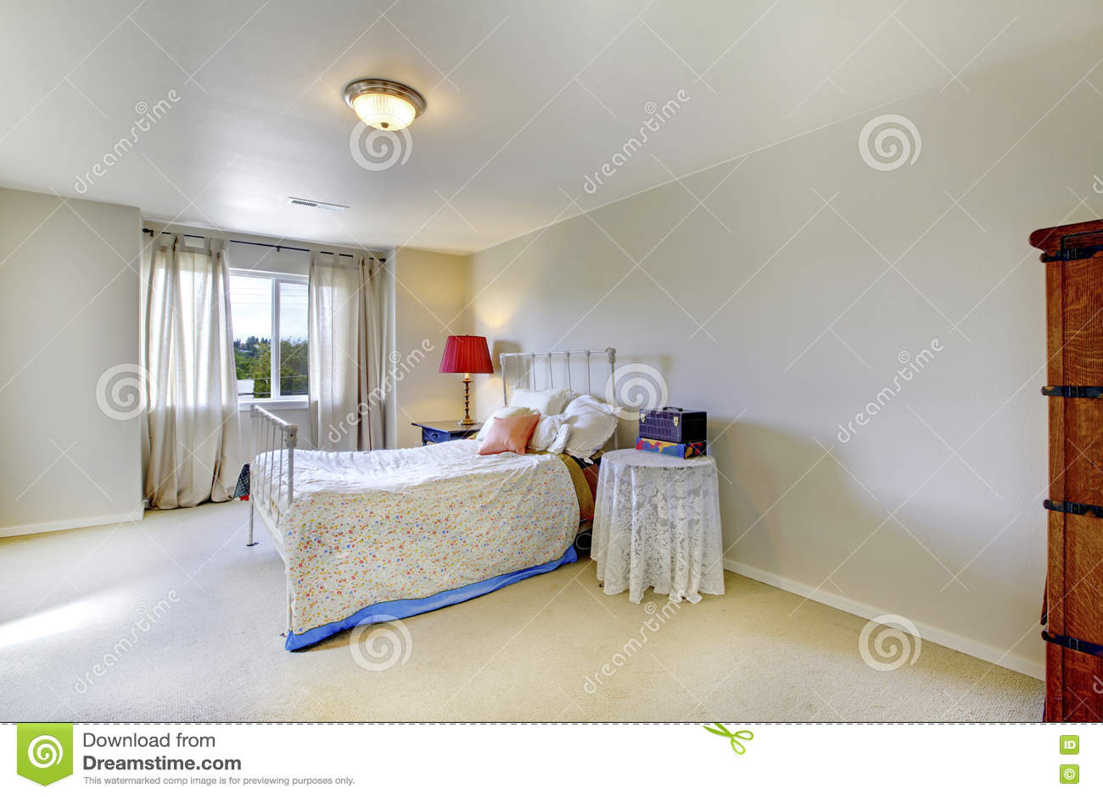 Camera da letto con parete rossa cheap camera da letto con parete rossa with camera da letto - Camera da letto rossa e bianca ...