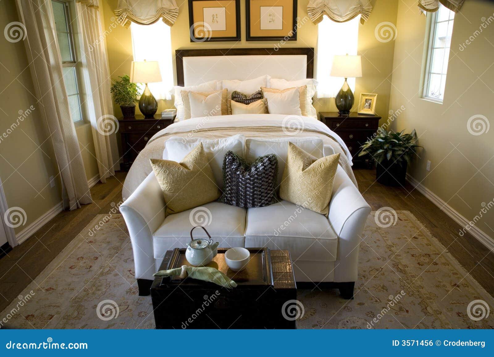 Camera da letto di lusso fotografia stock immagine di - Camera da letto di lusso ...