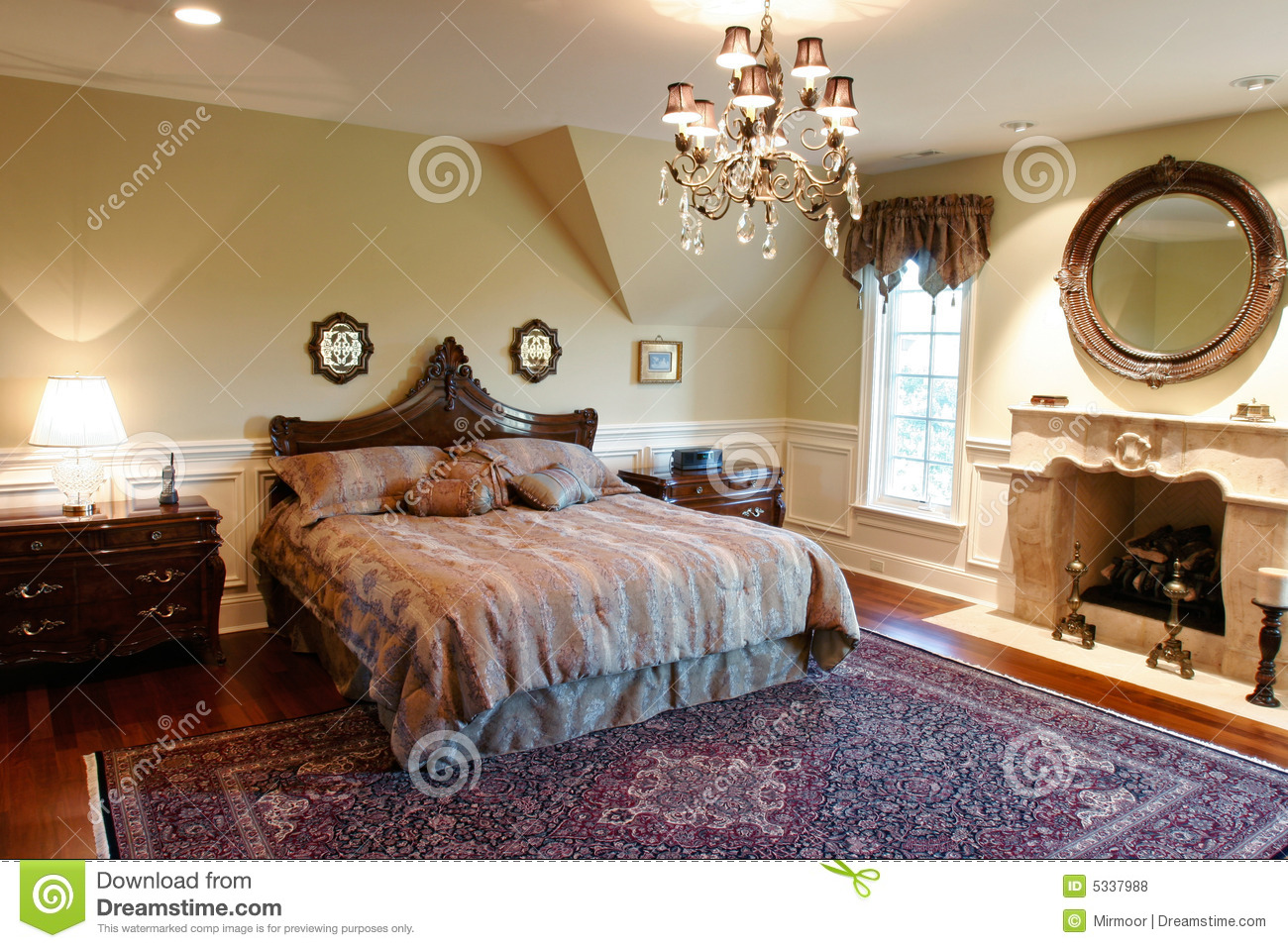 https://thumbs.dreamstime.com/z/camera-da-letto-di-lusso-5337988.jpg