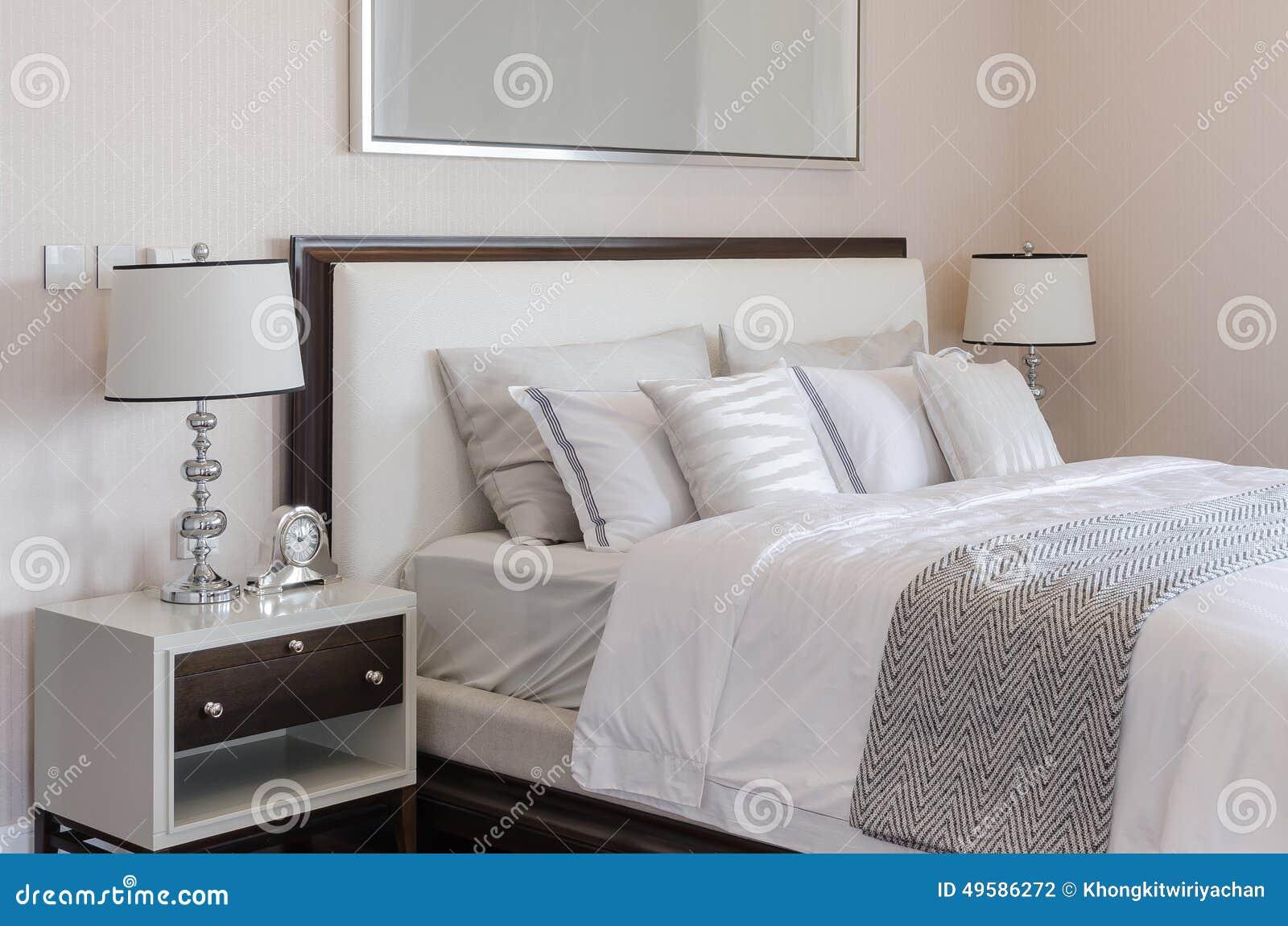 orologio camera da letto