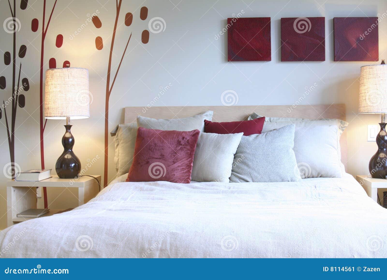 Camera da letto di zen immagine stock. Immagine di cozy - 8114561