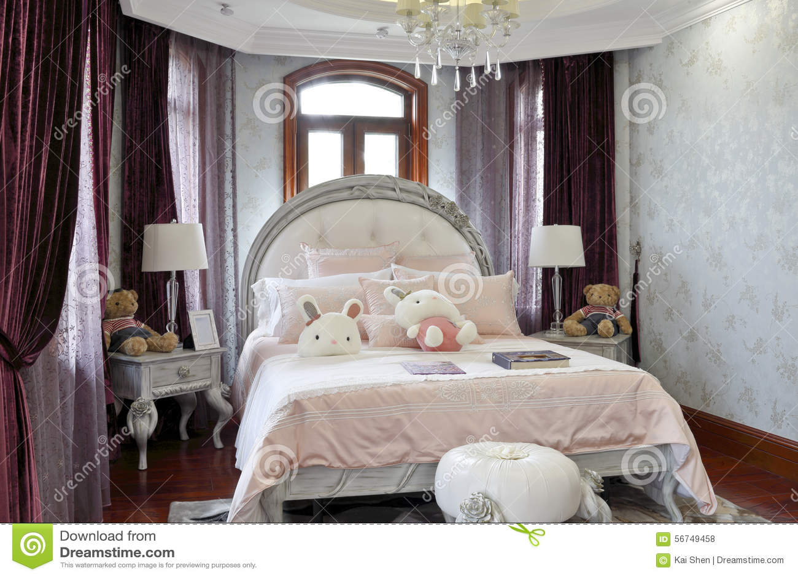 Camera da letto francese delle ragazze fotografia stock immagine di colore genere 56749458 - Camera da letto in francese ...