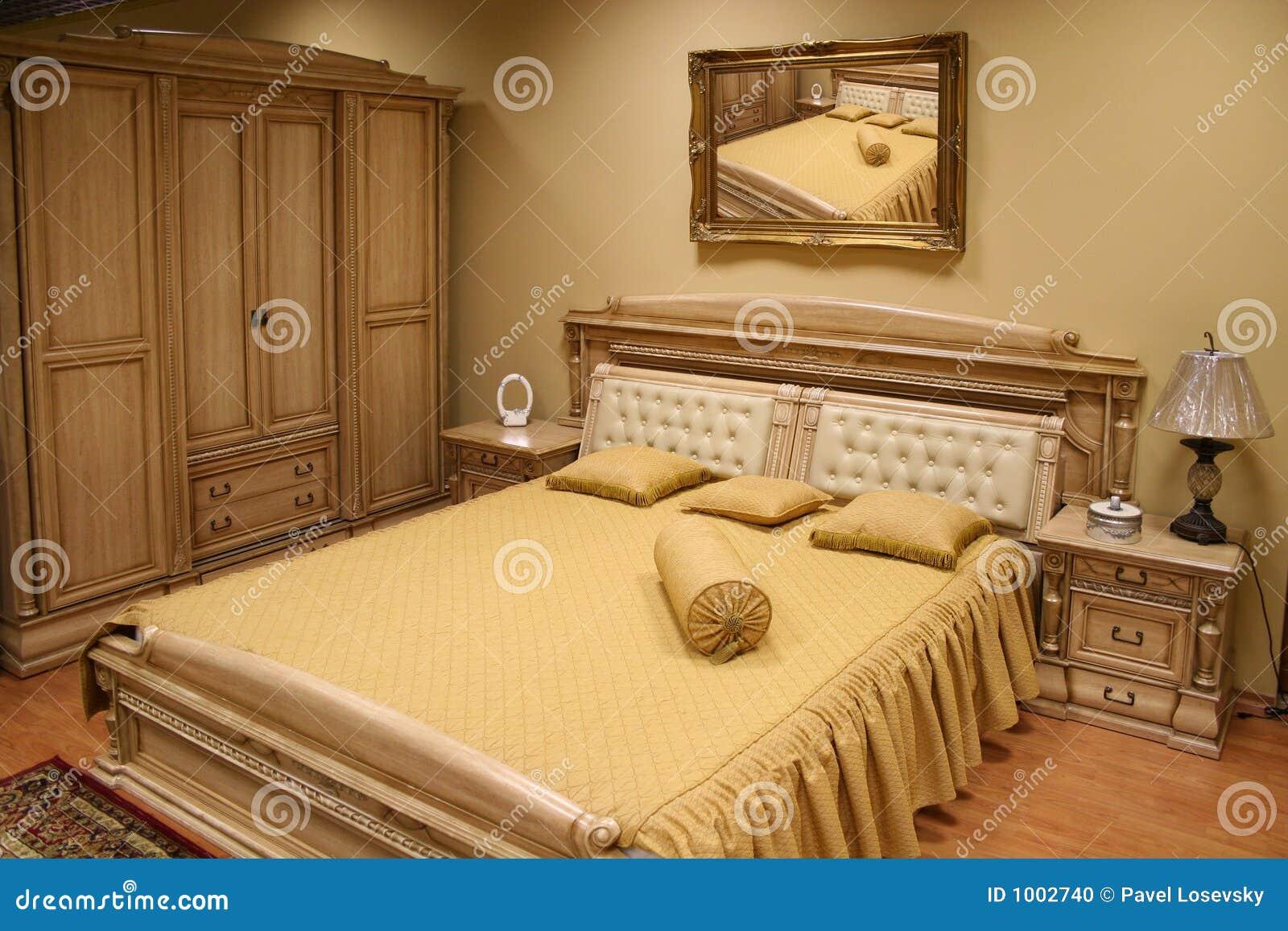 Camera da letto lussuosa 2 fotografia stock immagine di classico 1002740 - Camera di letto usato ...