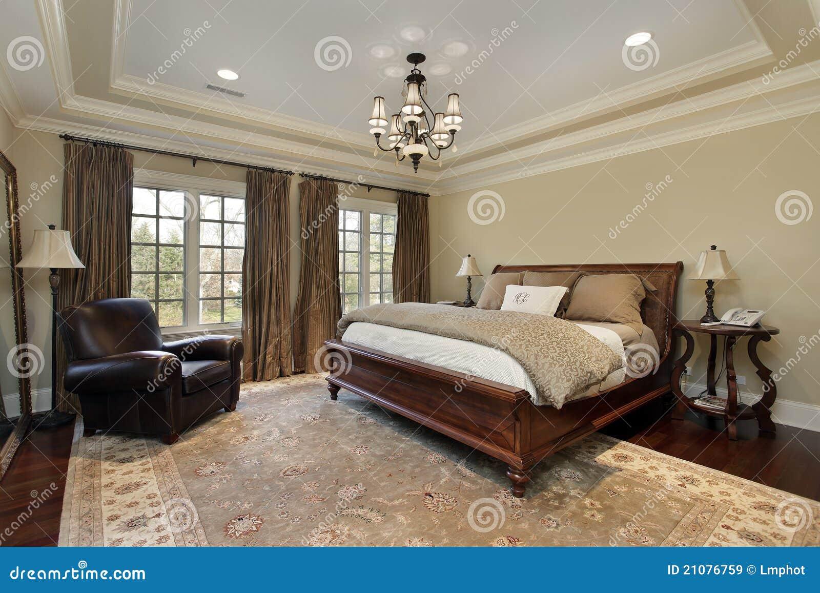 Camera da letto matrice con il soffitto del cassetto immagine stock immagine di coperta - Camera da letto del papa ...