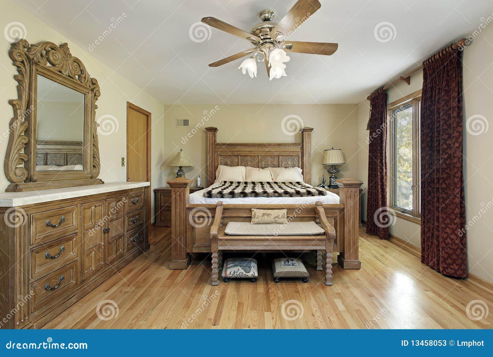 Camera da letto matrice con la mobilia di legno di quercia for 12 piani casa di lusso camera da letto