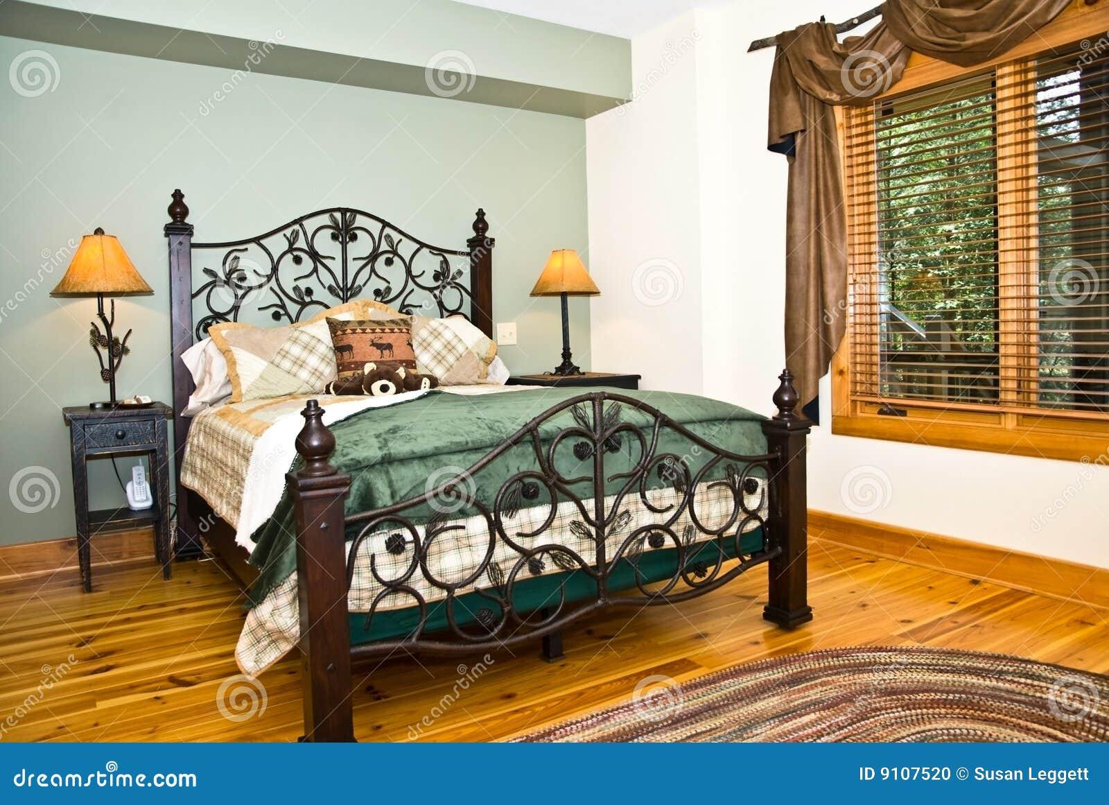 Camera Da Letto Moderna/decorazione Rustica Fotografia Stock - Immagine: 9107520