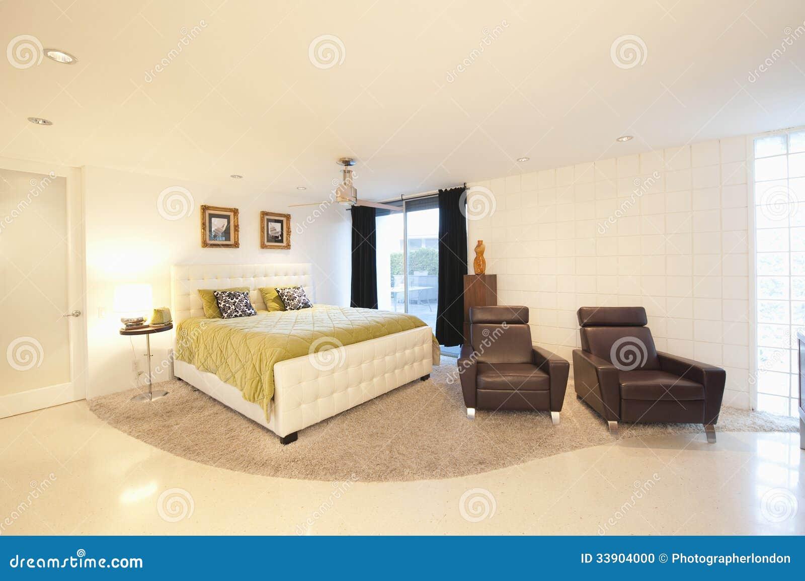 Cucine moderne piccole dimensioni - Poltrone camera da letto moderne ...