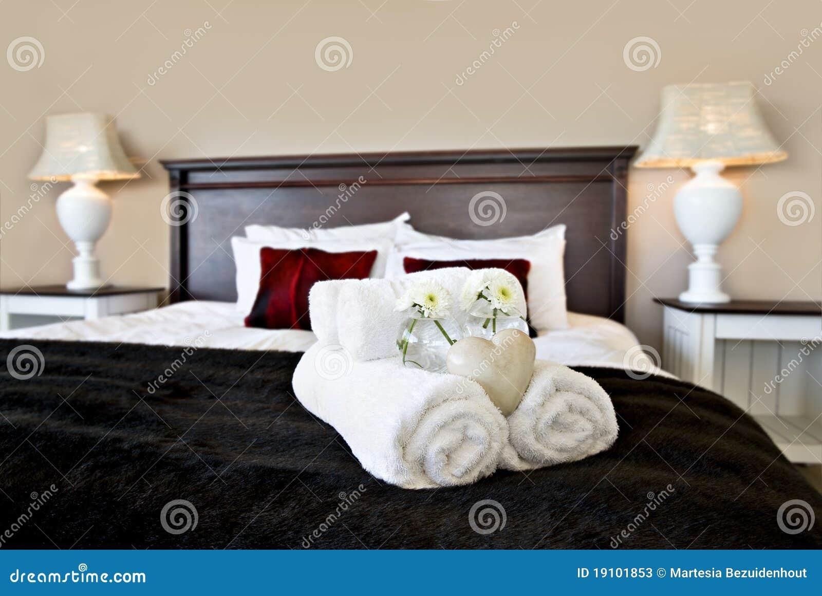 Camera Per Ospiti : Camera da letto pronta per gli ospiti immagine stock immagine di