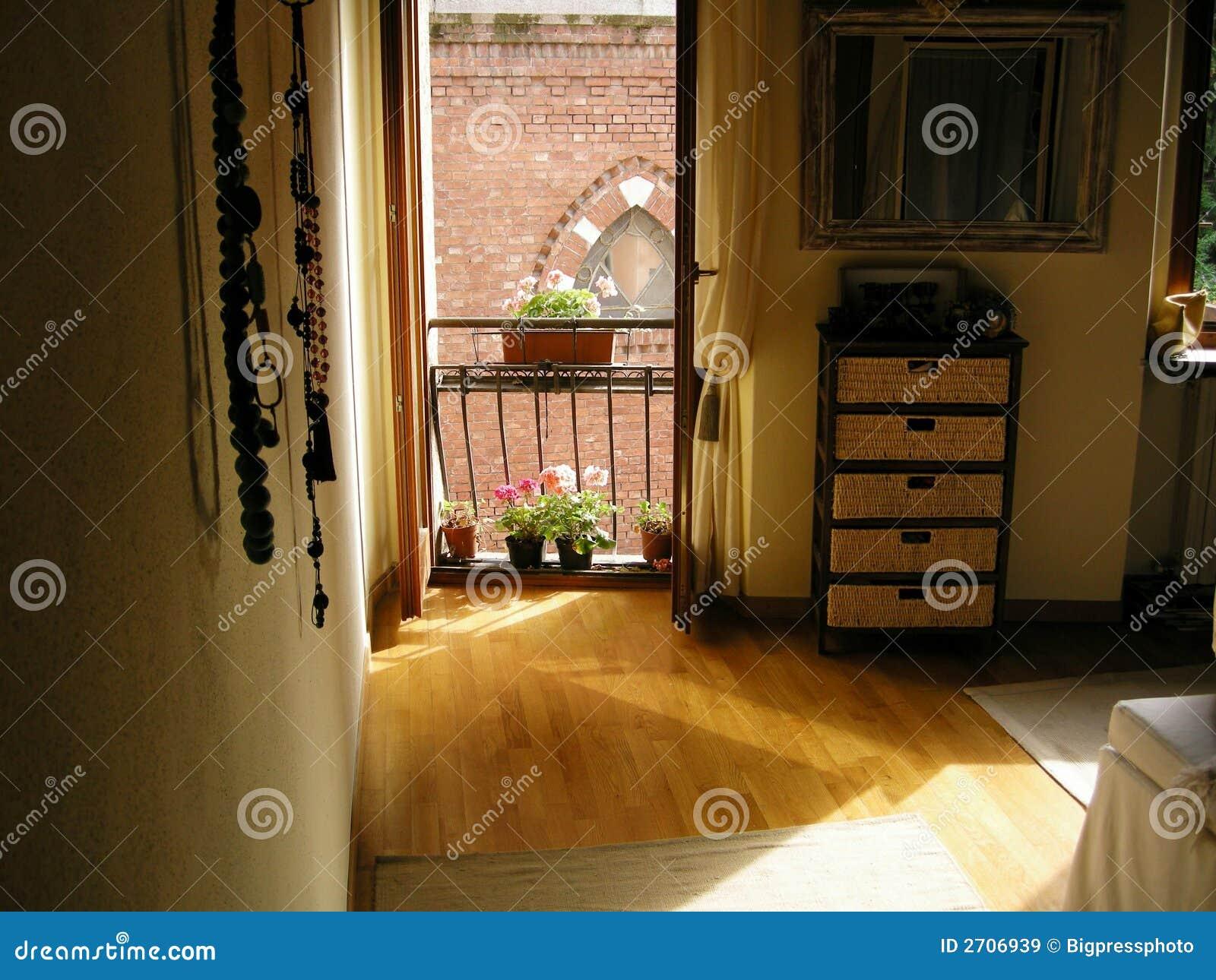 Foto Di Camere Da Letto Romantiche : Camera da letto romantica di atmosfera immagine stock immagine