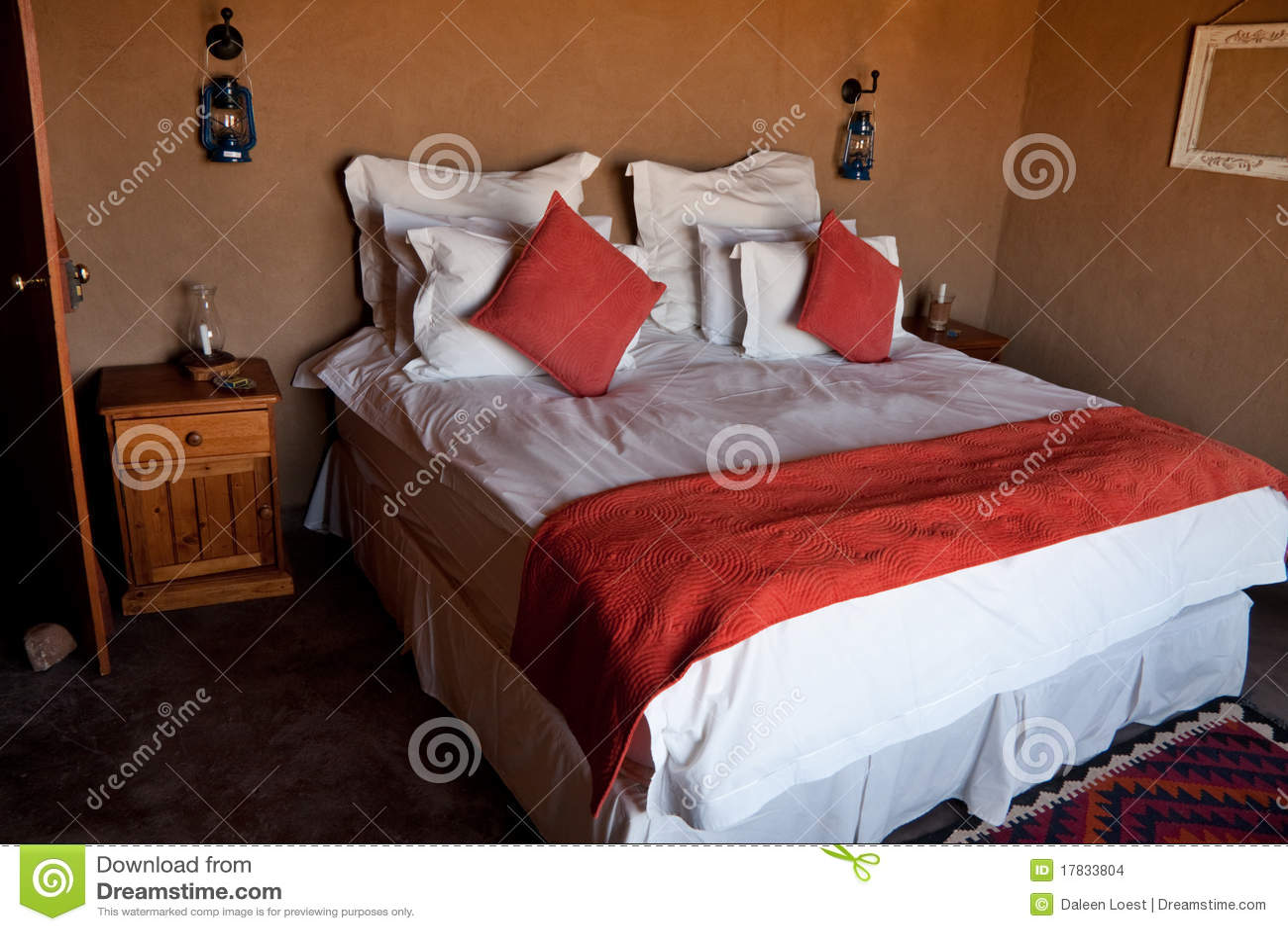 da letto disegno Camera Rustica : La doppia base in camera da letto lussuosa rustica con fango marrone ...