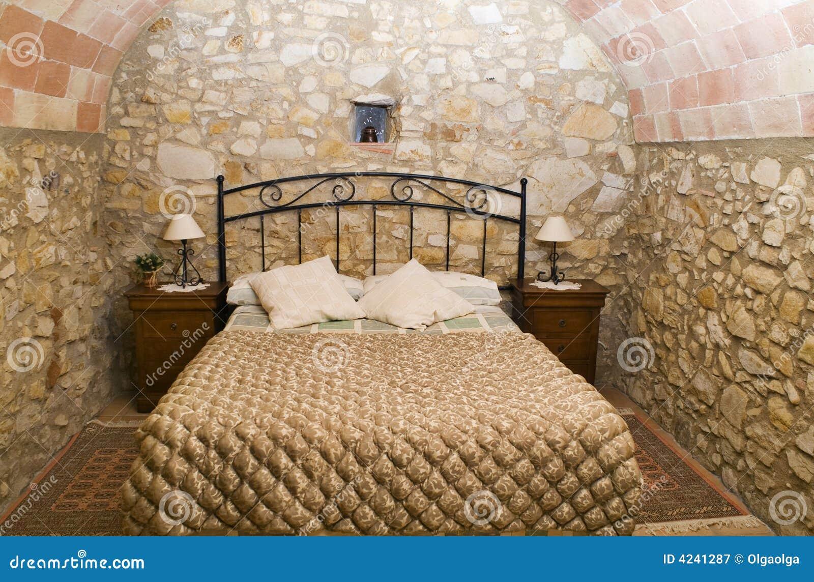 camera da letto rustica immagine stock immagine di quiet