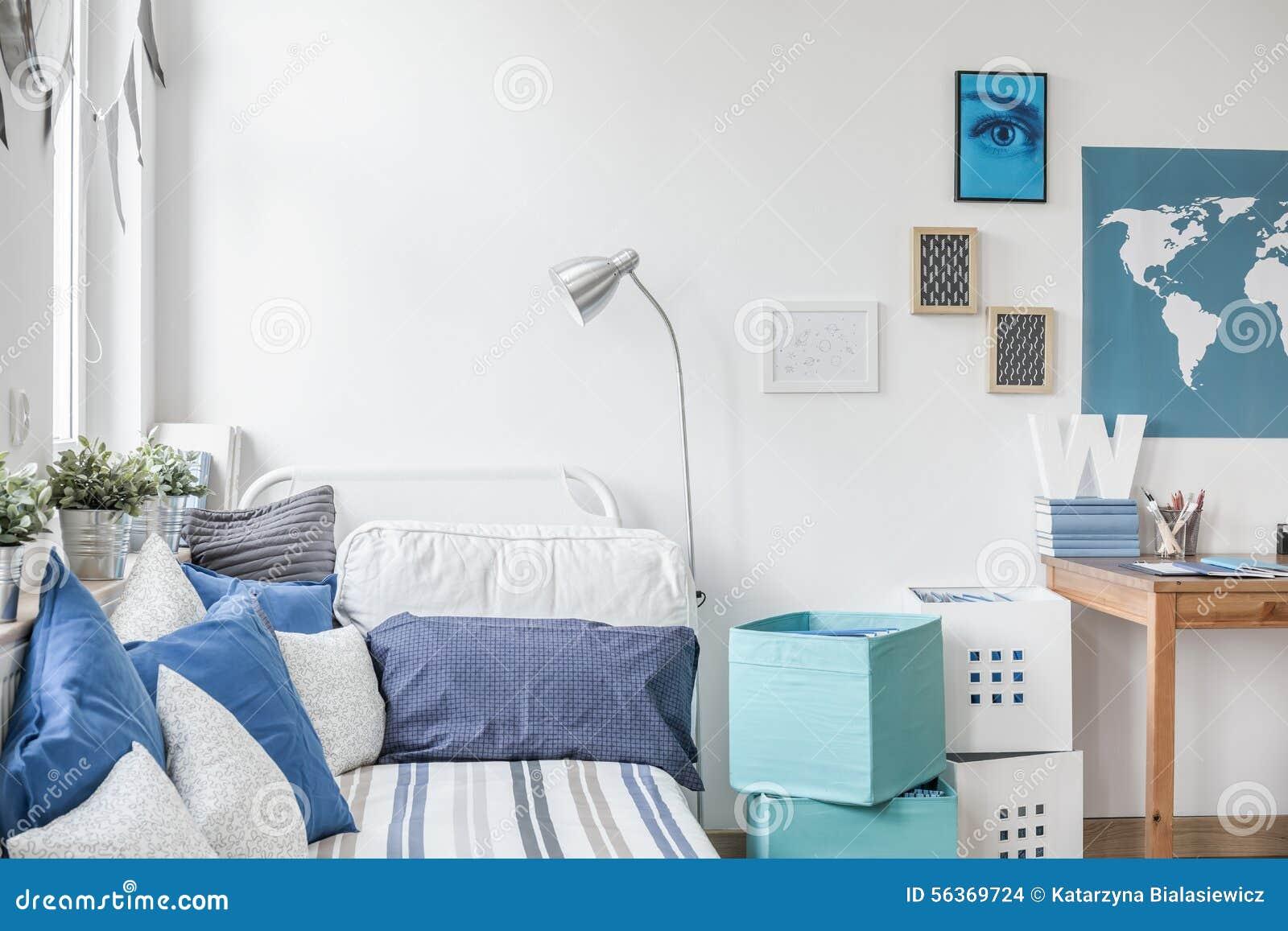 Camera da letto teenager progettata del ragazzo fotografia - Camera da ragazzo ...