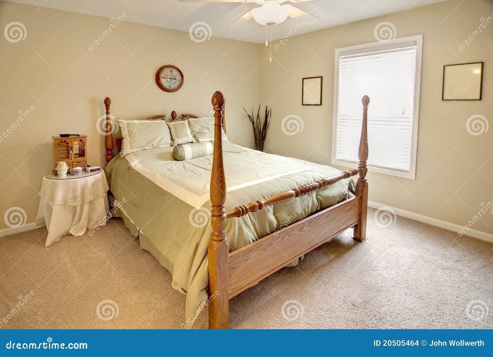 Camere Da Letto Tradizionali : Camera da letto tradizionale fotografia stock immagine di