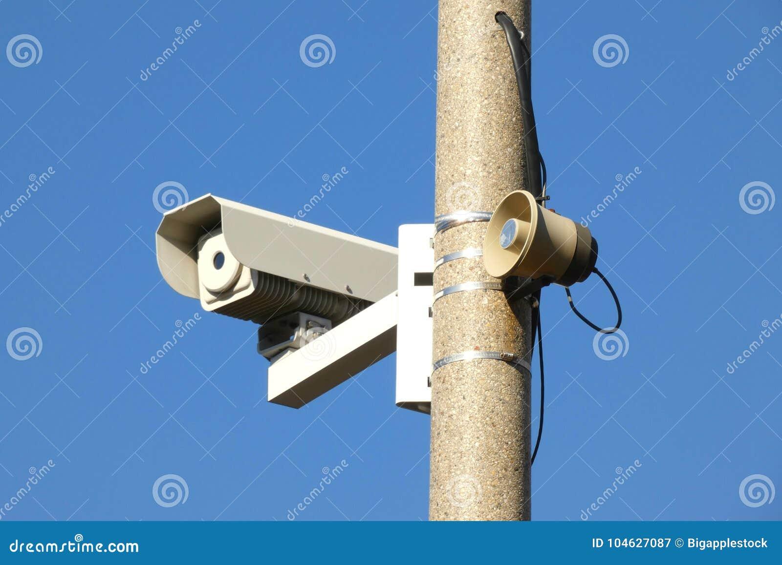 Download Camera en Megafoon stock afbeelding. Afbeelding bestaande uit blauw - 104627087