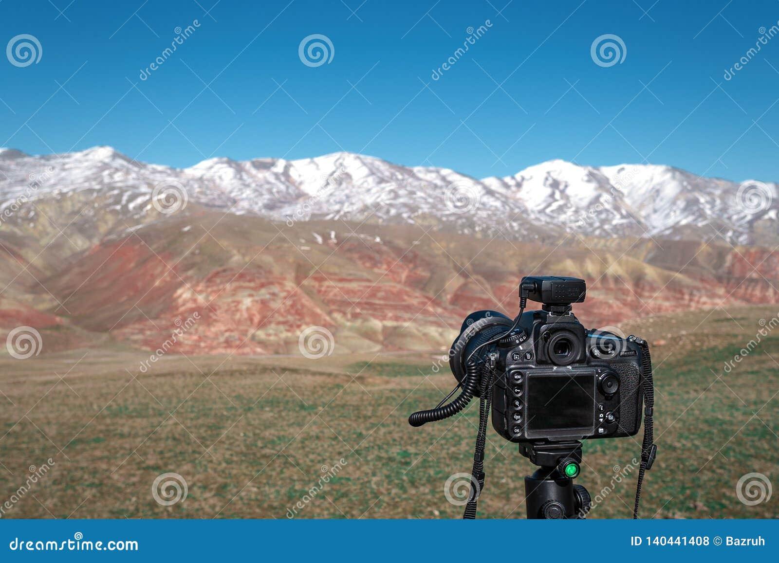 Camera op een driepoot