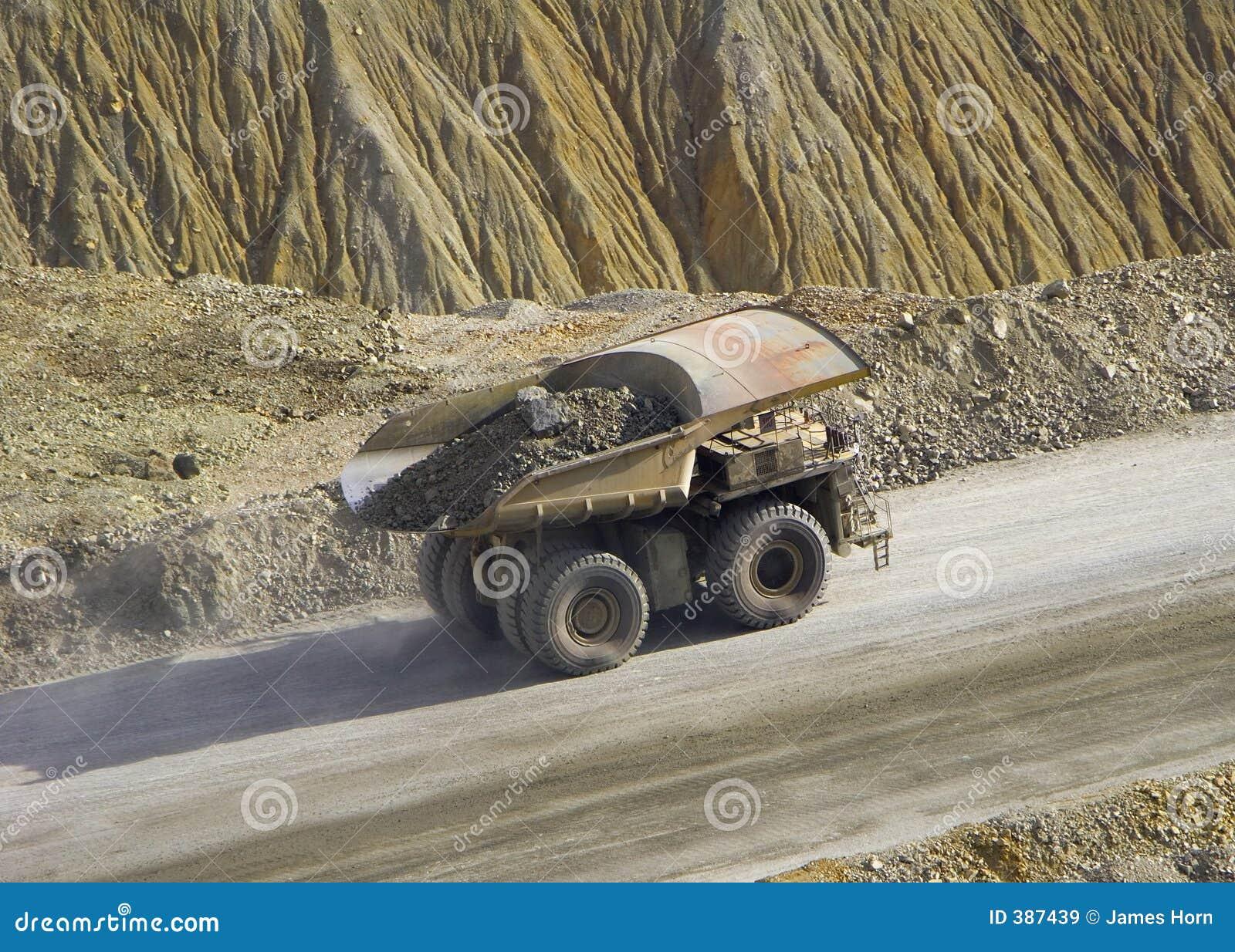Caminhão da rocha
