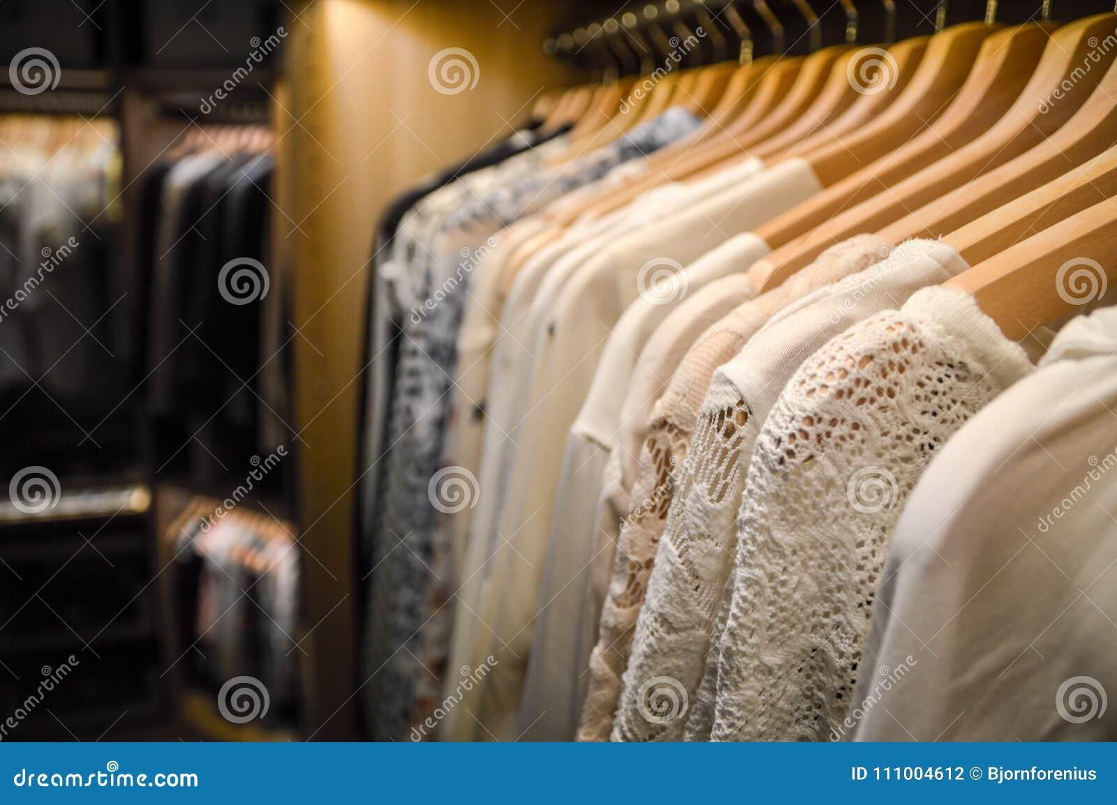 Caminhada no armário Ganchos no vestuario