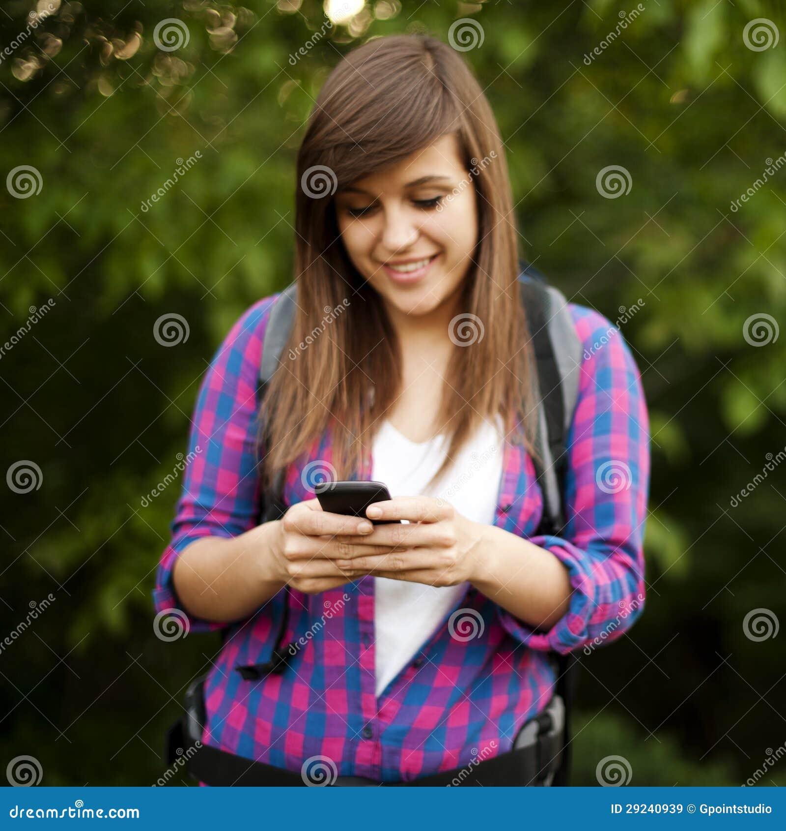 Download Caminhante fêmea imagem de stock. Imagem de destinos - 29240939