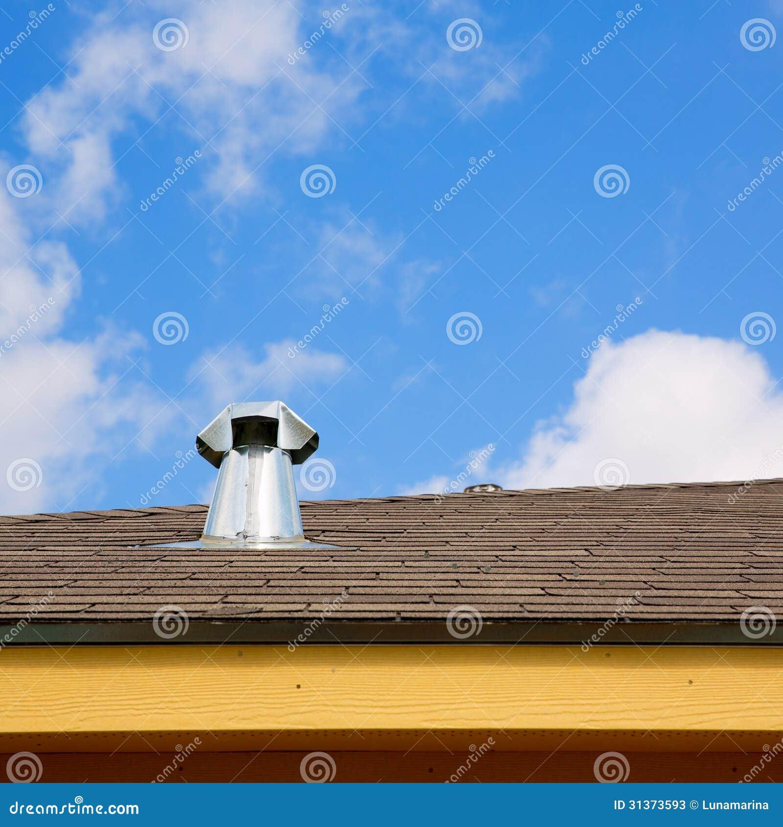 Camino blu della finestra del lucernario del tetto for Finestra lucernario