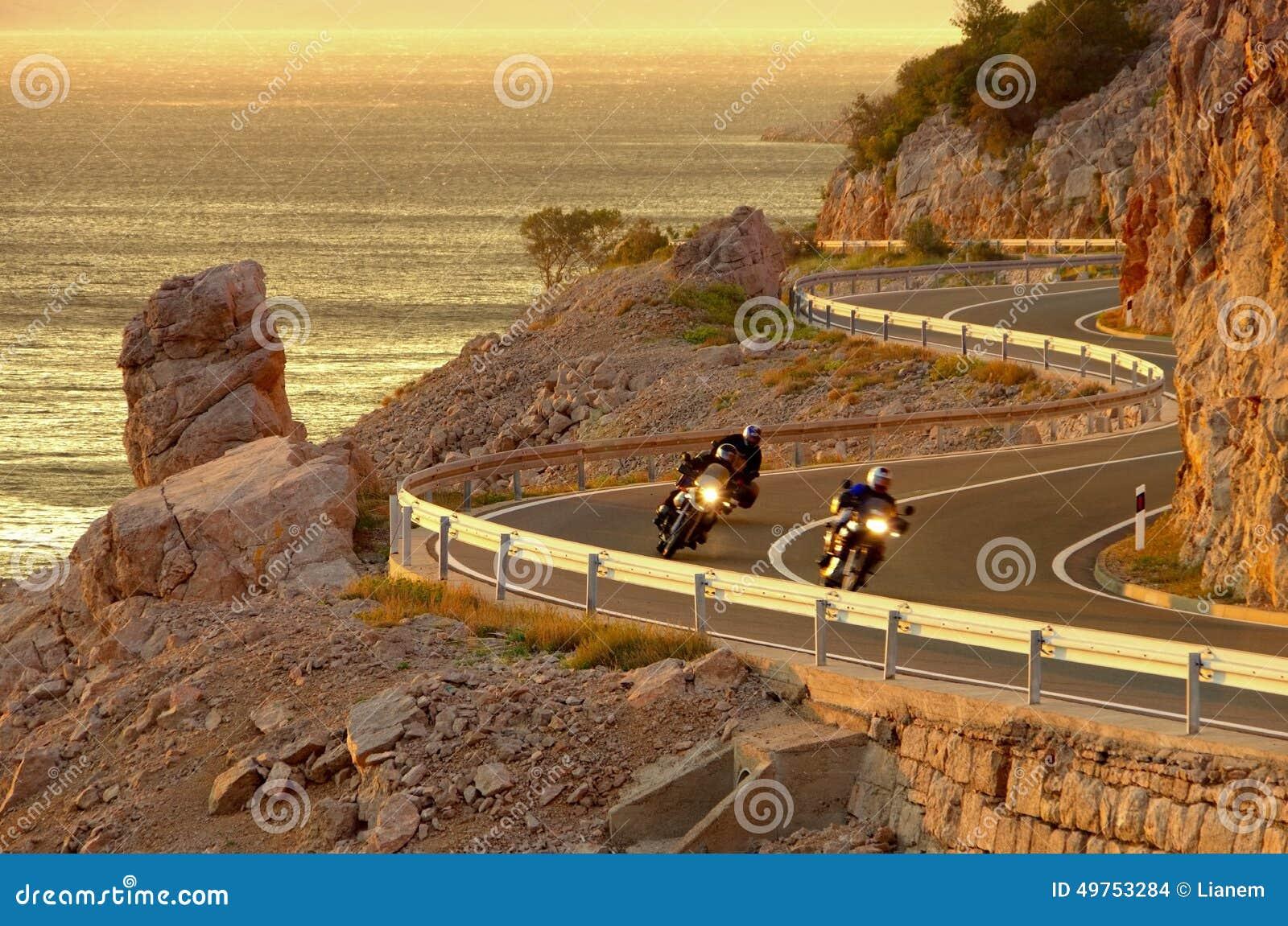 Camino Croacia de la costa