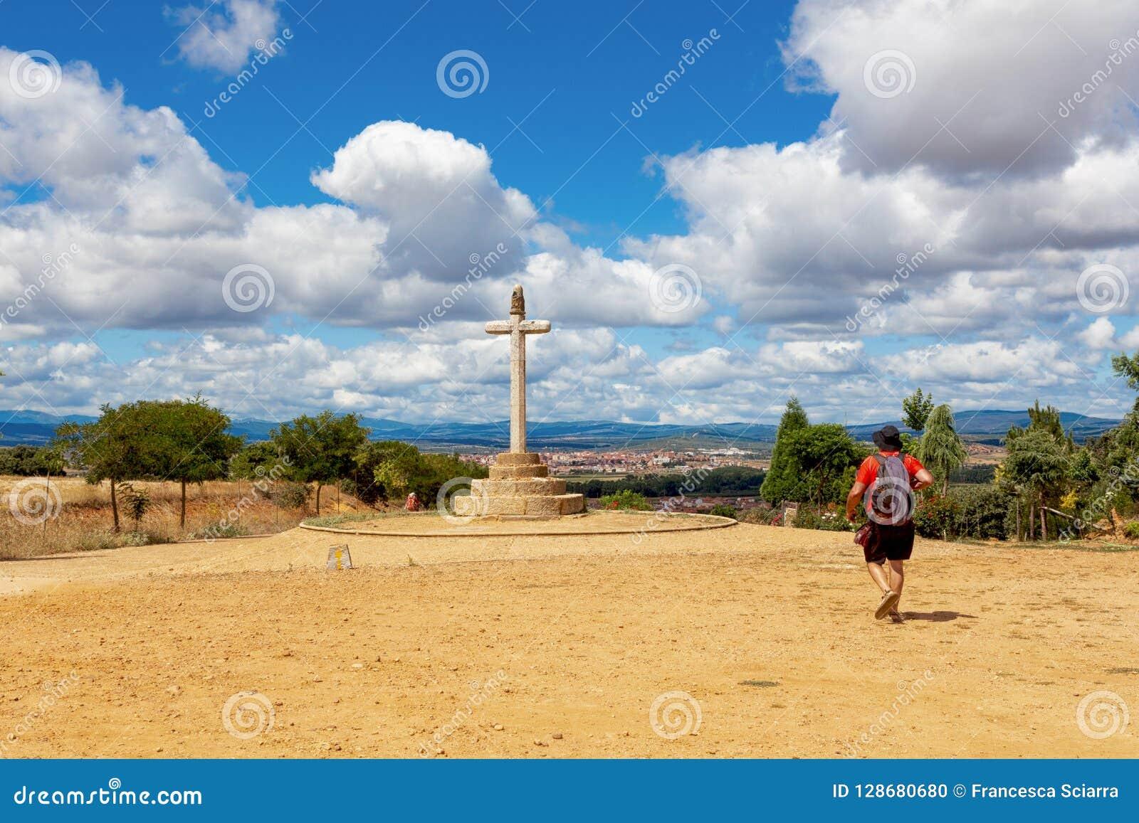CAMINO DE圣地亚哥,西班牙- SANTO TORIBIO