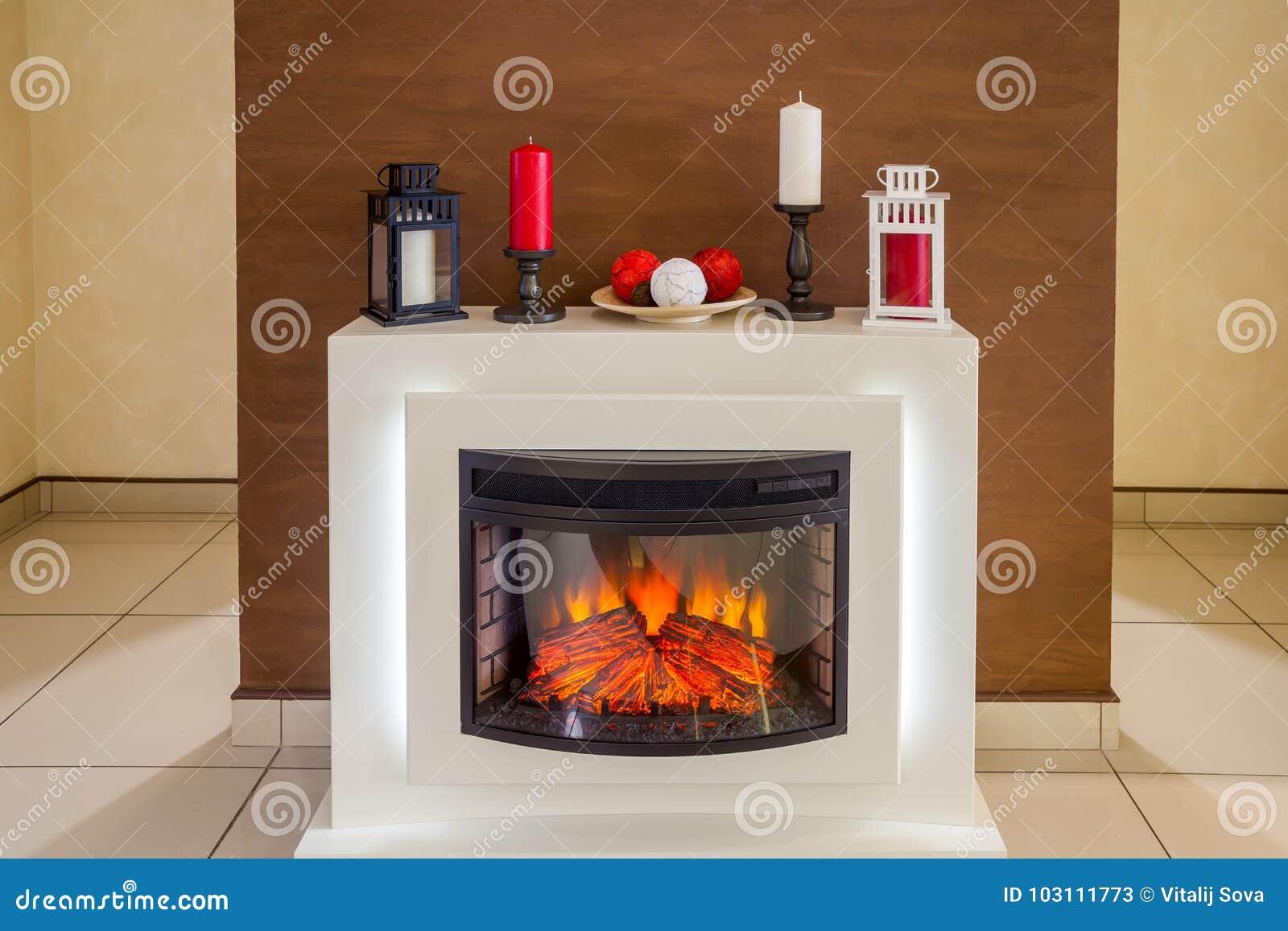 Camino Elettrico Bianco : Camino elettrico bianco immagine stock. immagine di casa 103111773