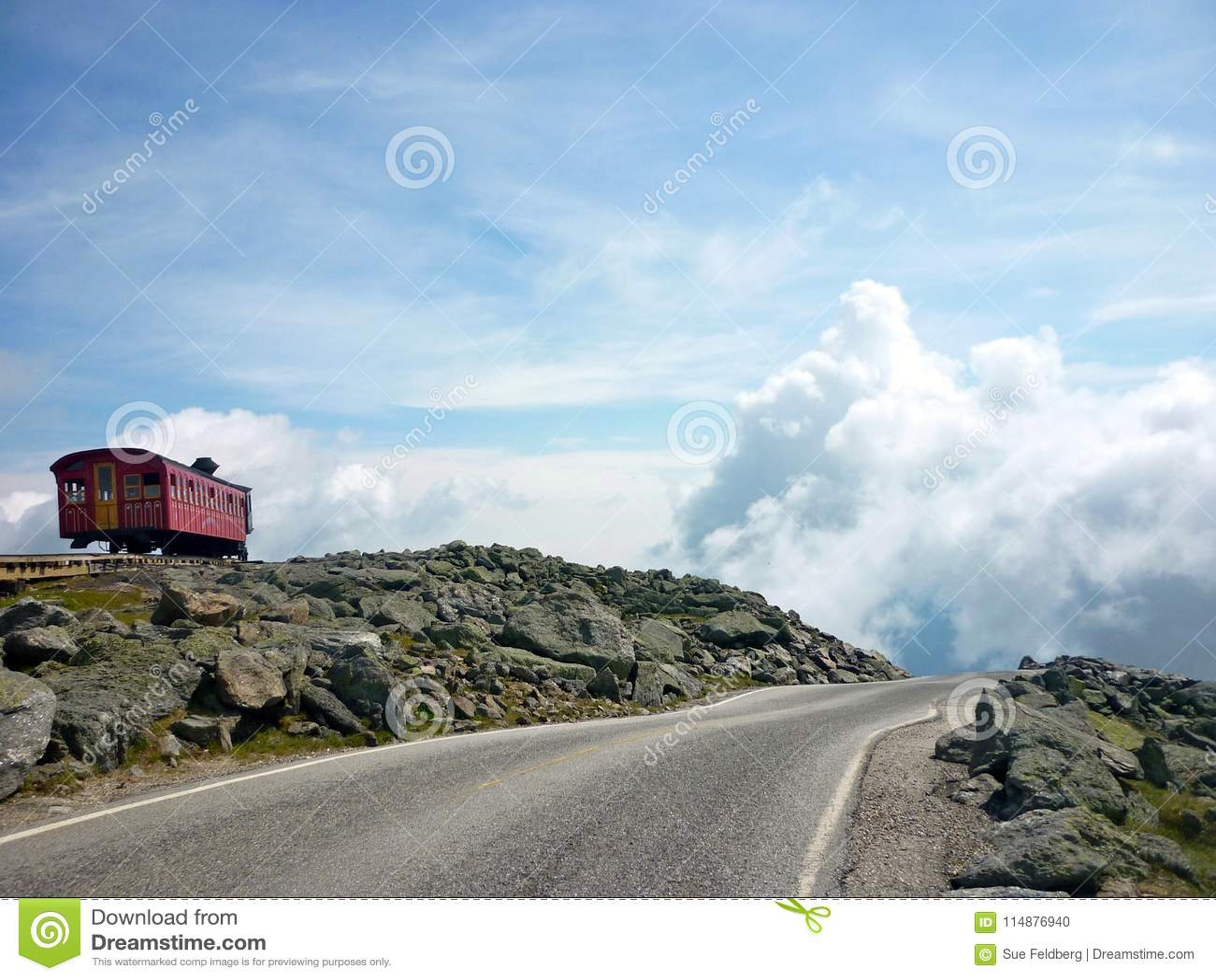 Camino a las nubes