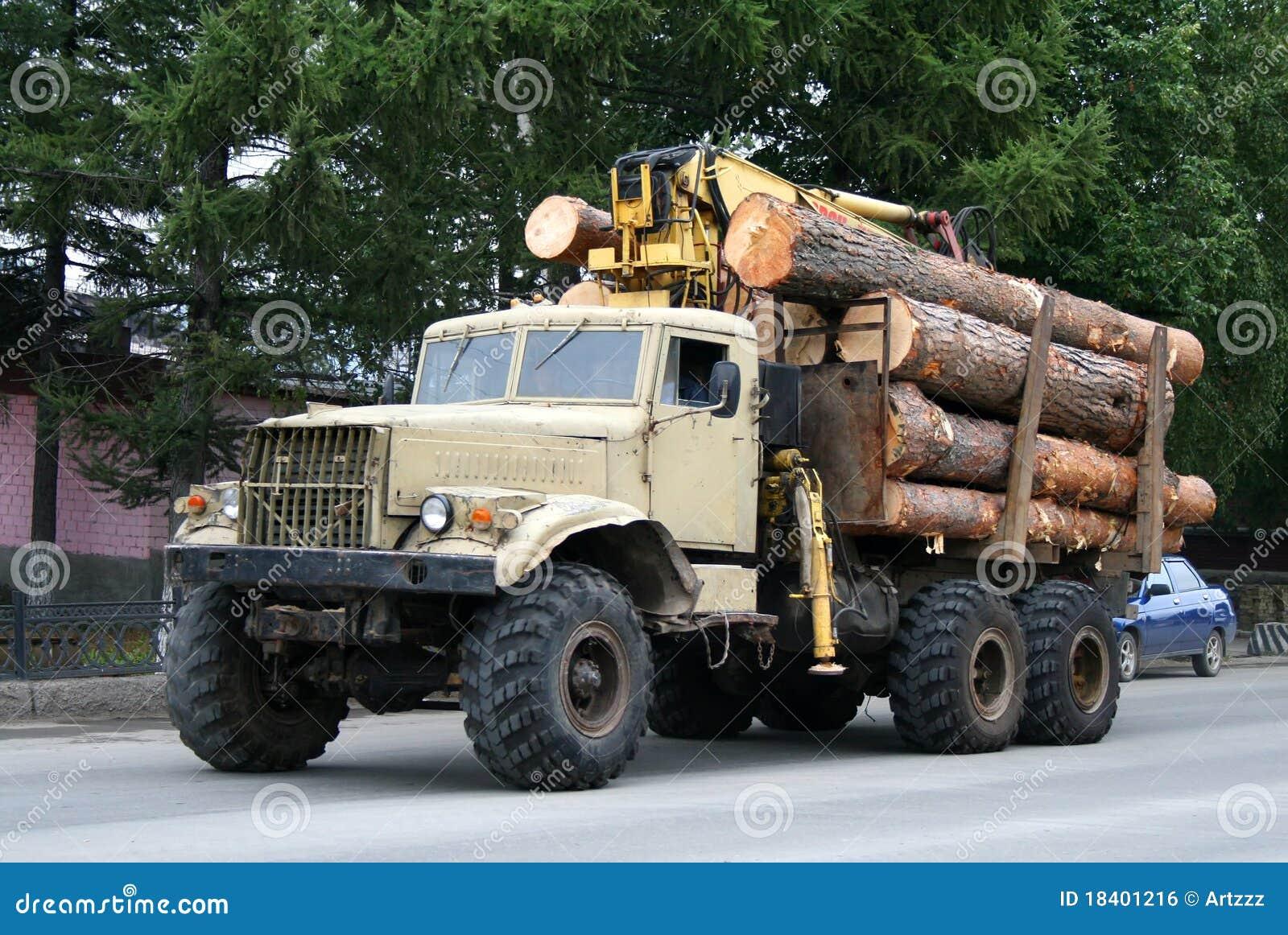 Camion de bois de construction photo stock image 18401216 for Bois de construction