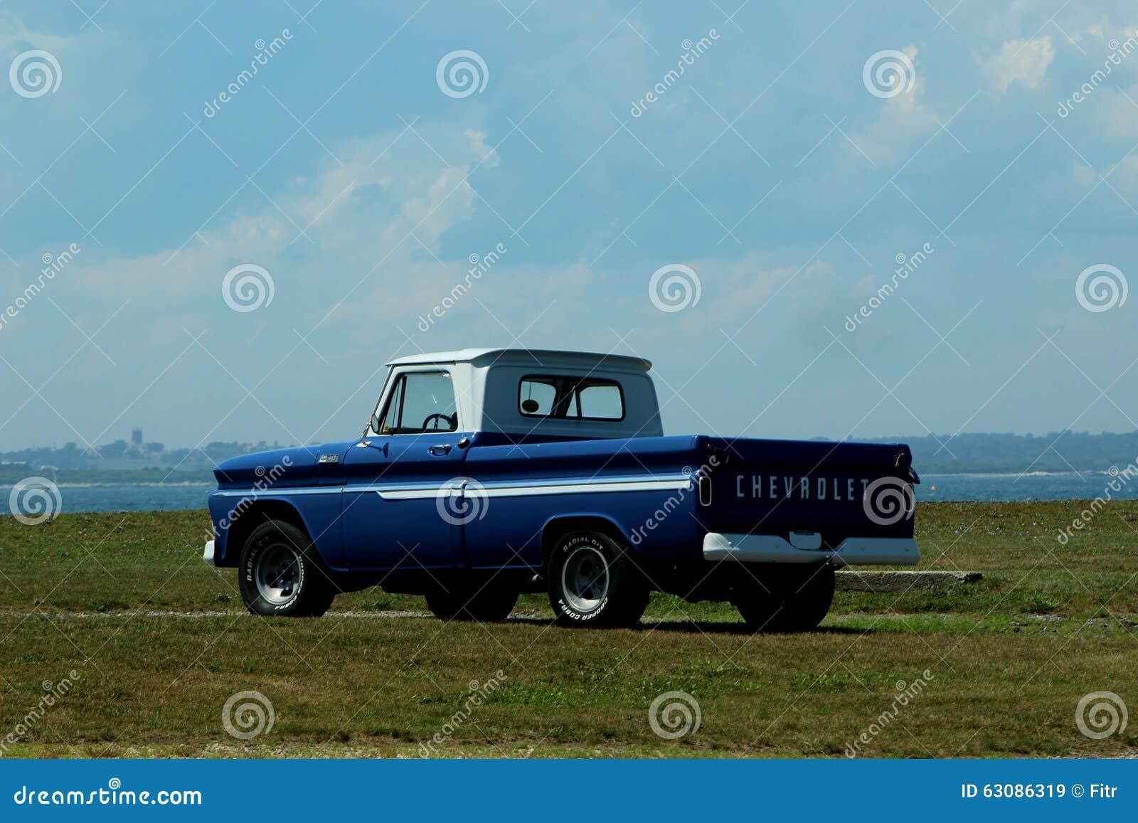 Download Camion De Chevrolet Des Années 1960 Image stock éditorial - Image du classique, automobile: 63086319