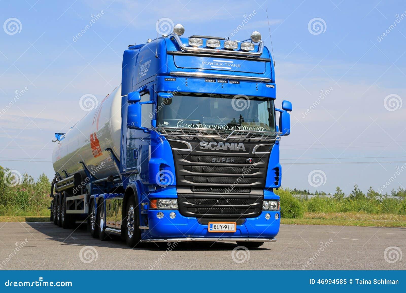 Camion de réservoir bleu de Scania V8 pour le transport en commun sec