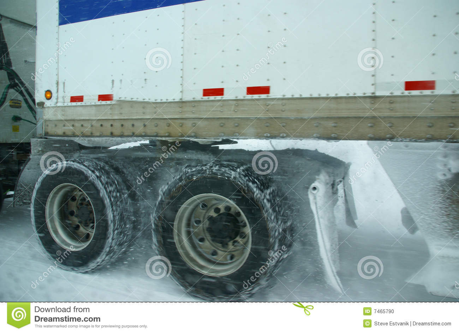Camion de rotation de pneus de tempête de neige d omnibus