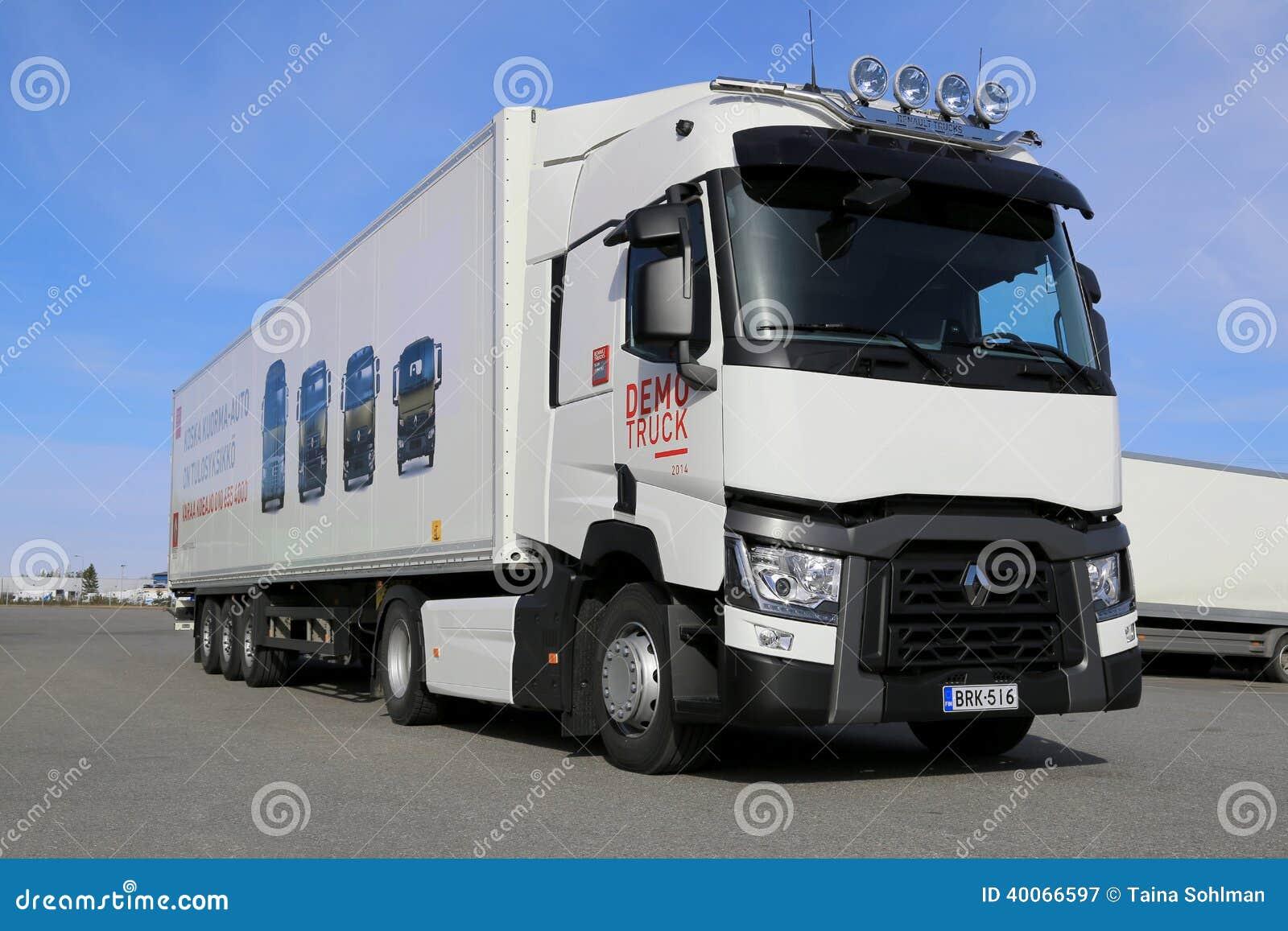 camion di renault range t per la lunga distanza fotografia editoriale immagine di industrie. Black Bedroom Furniture Sets. Home Design Ideas