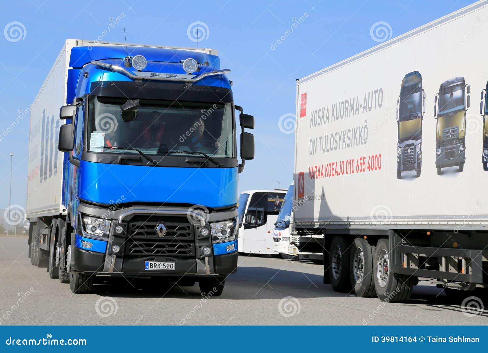 camion di renault t460 6x2t e6 immagine stock editoriale immagine 39814164. Black Bedroom Furniture Sets. Home Design Ideas