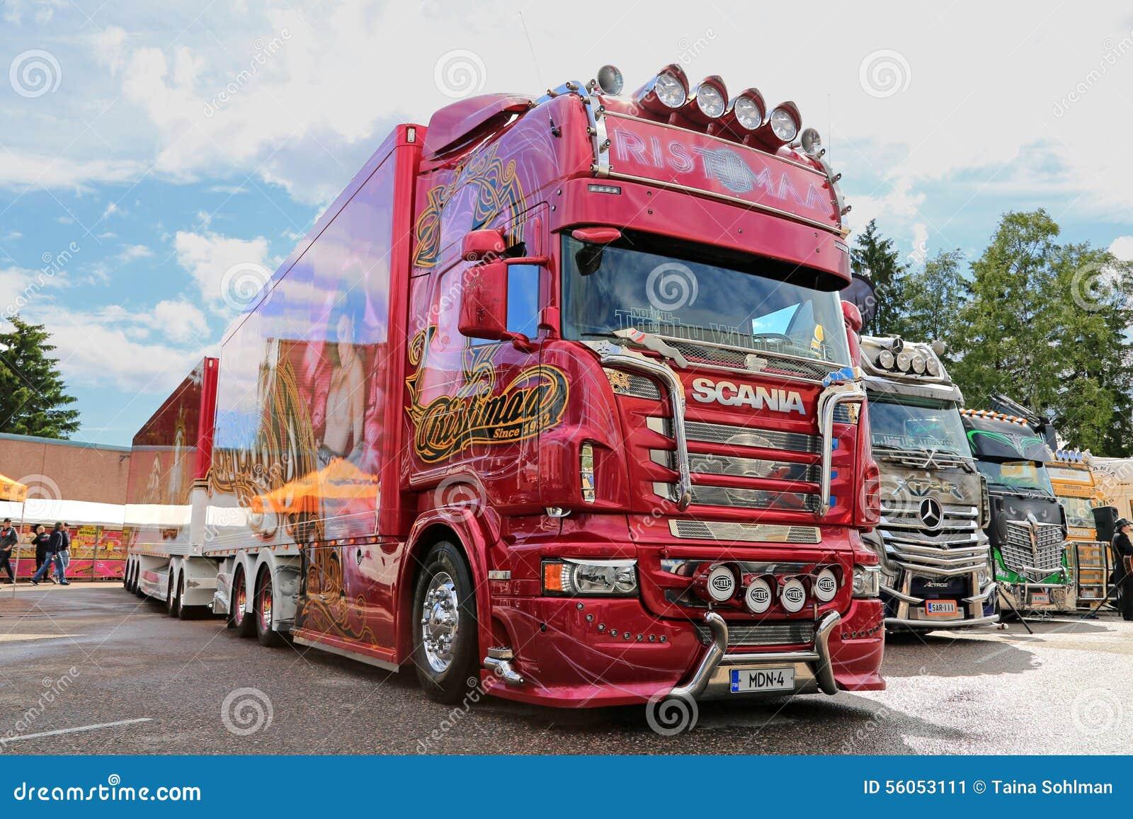camion madonna de scania r560 de ristimaa finlande photo ditorial image 56053111. Black Bedroom Furniture Sets. Home Design Ideas