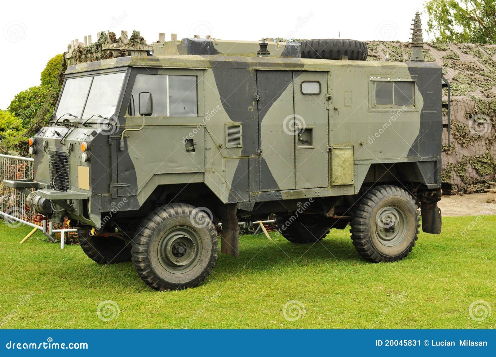 camion militaire image stock image 20045831. Black Bedroom Furniture Sets. Home Design Ideas