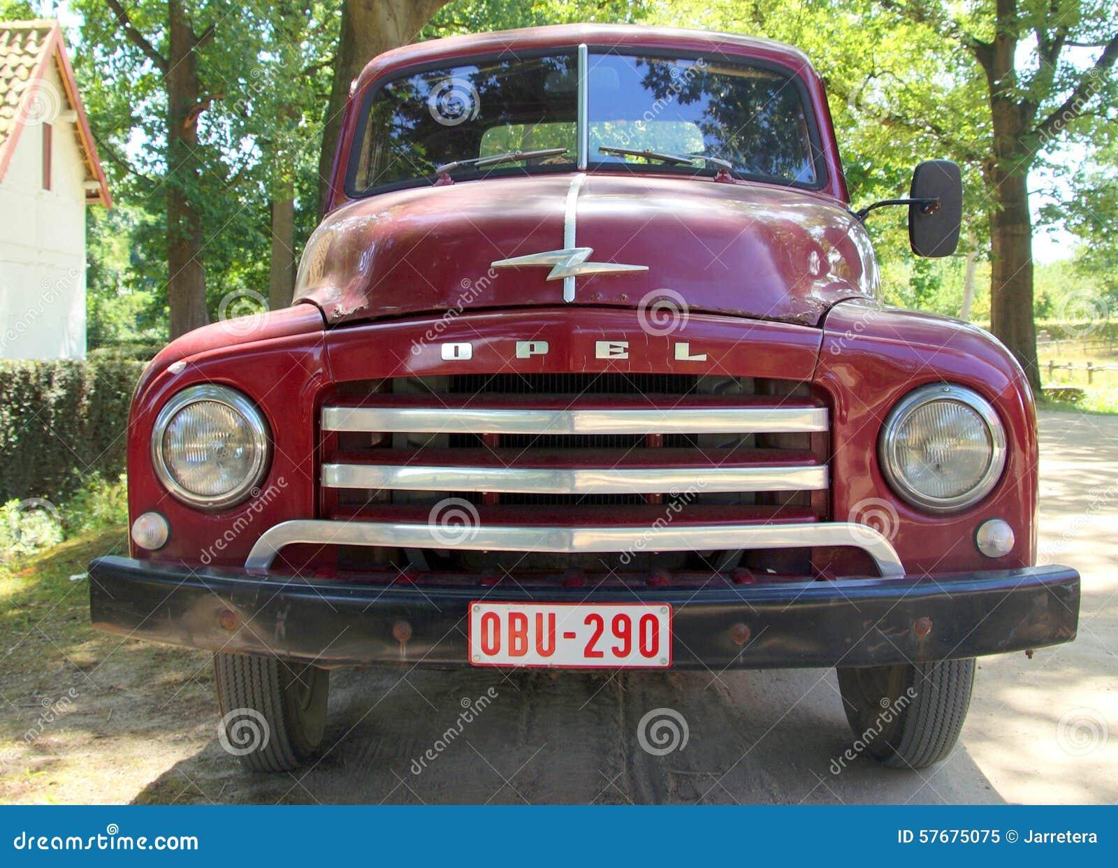 camion pick up des ann es 1950 opel blitz 1 75t vue de. Black Bedroom Furniture Sets. Home Design Ideas