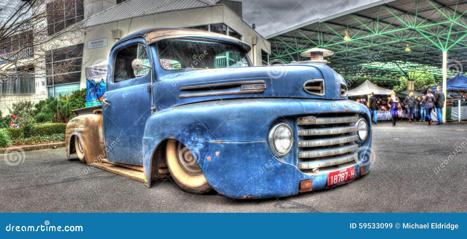 Camioneta Pickup Azul Oxidada De Ford Imagen de archivo editorial ...