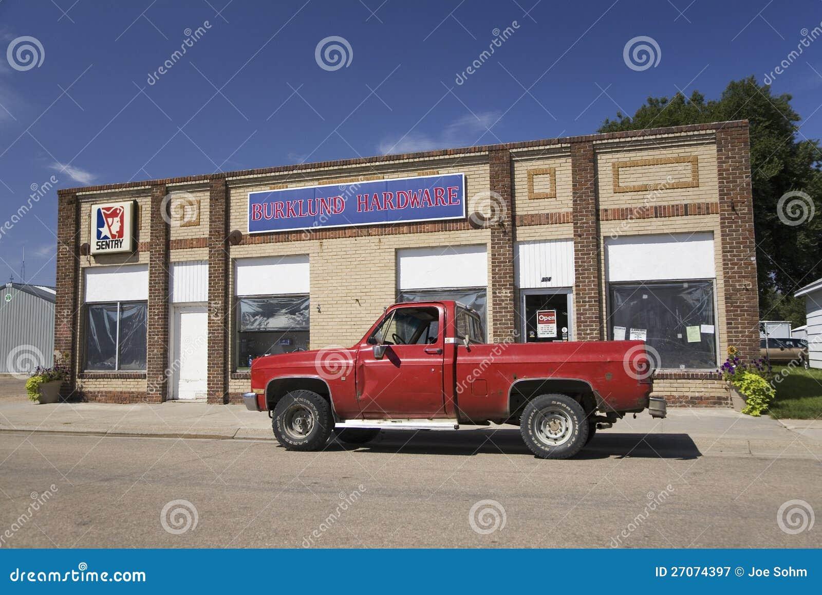 Camionete vermelho velho