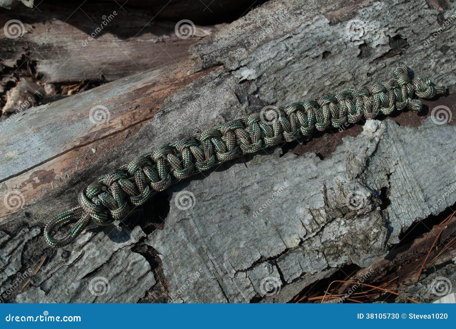 Camo Paracord Bracelet
